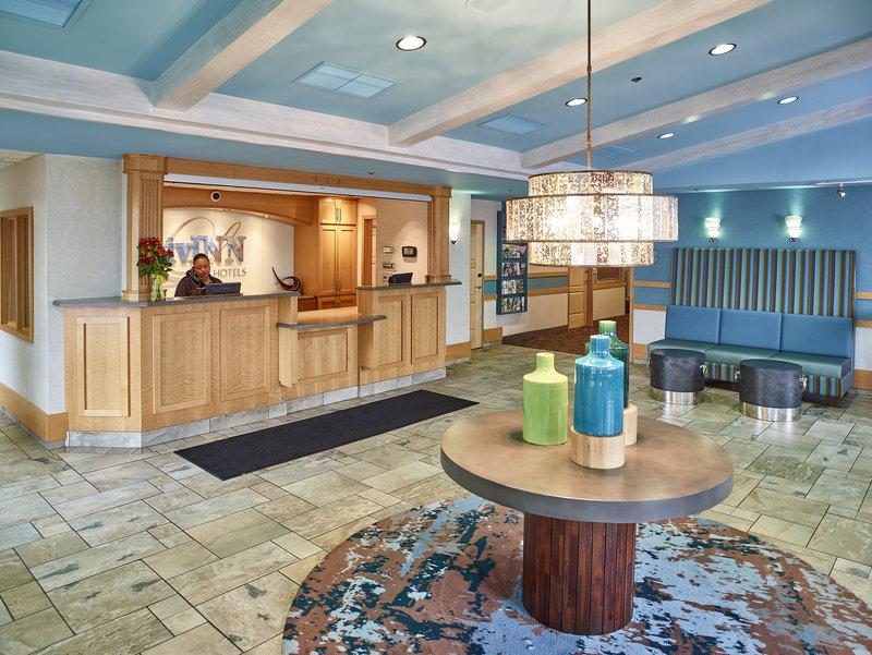 LIVINN HOTEL FRIDLEY