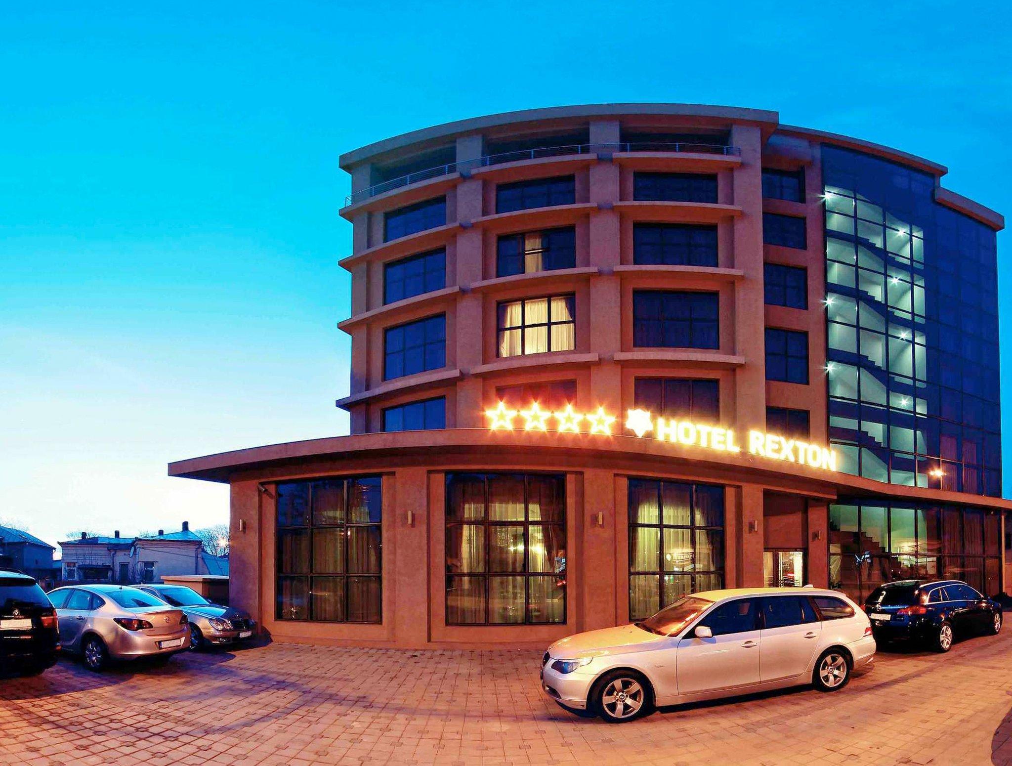 Rexton Hotel