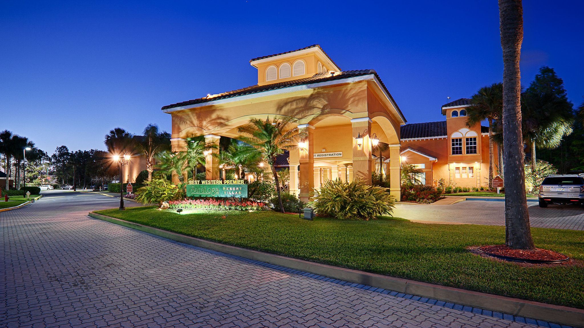 Saratoga Resort Villas