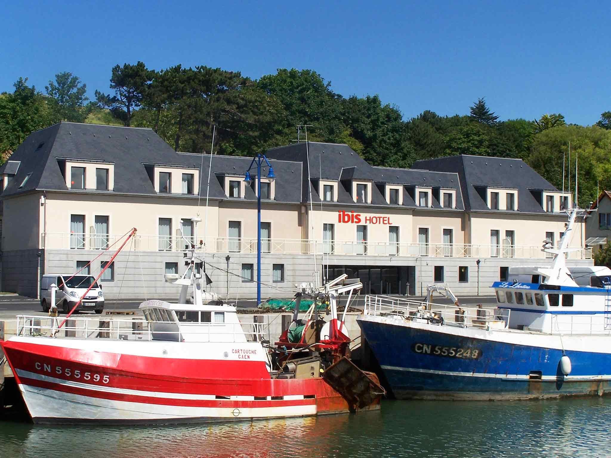 Hotel Ibis Bayeux Port En Bessin