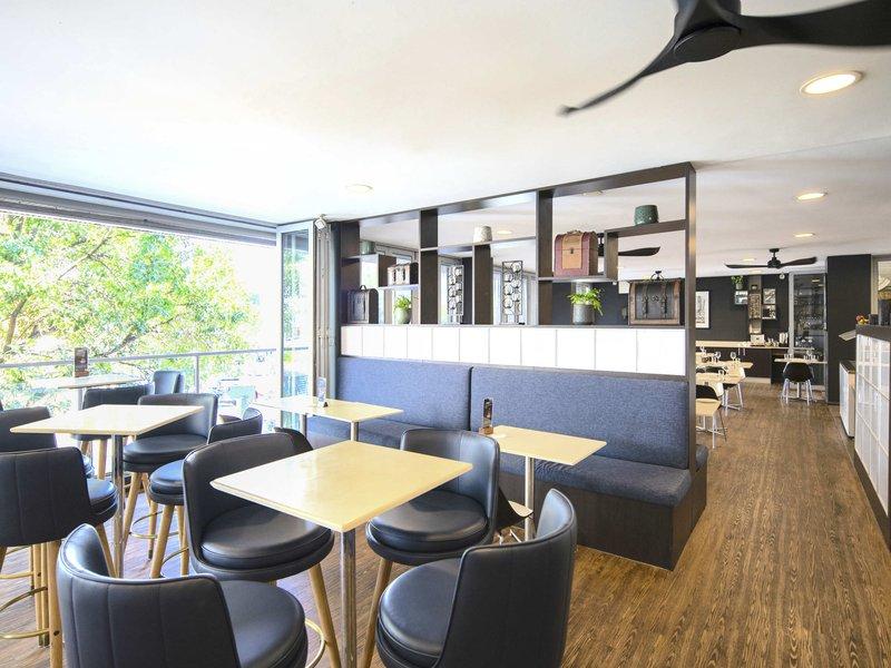Mercure Centro Hotel Port Macquarie   103 William Street, Port Macquarie, New South Wales 2444   +61 2 6583 0830