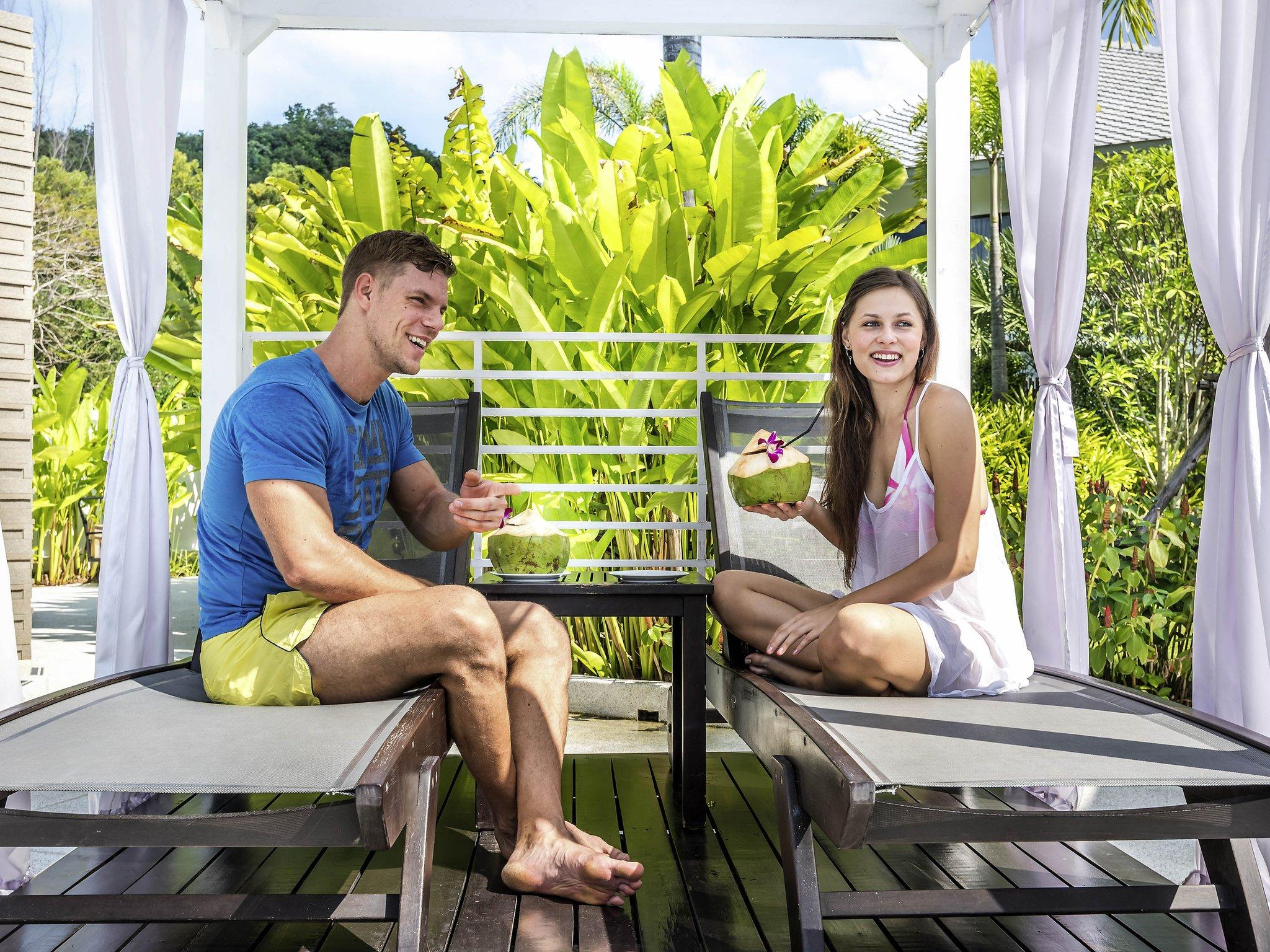 Novotel Phuket Karon Beach Resort