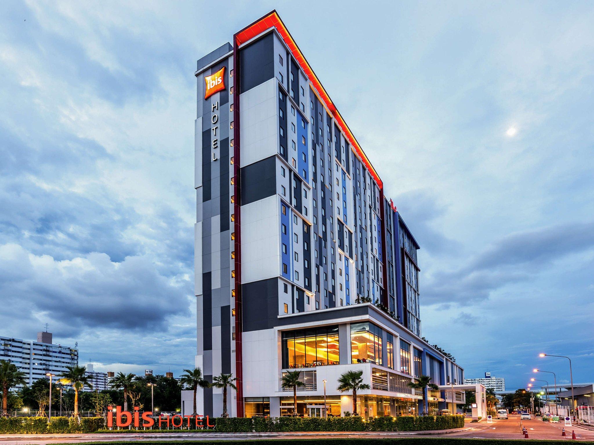 Ibis Bangkok Impact Hotel