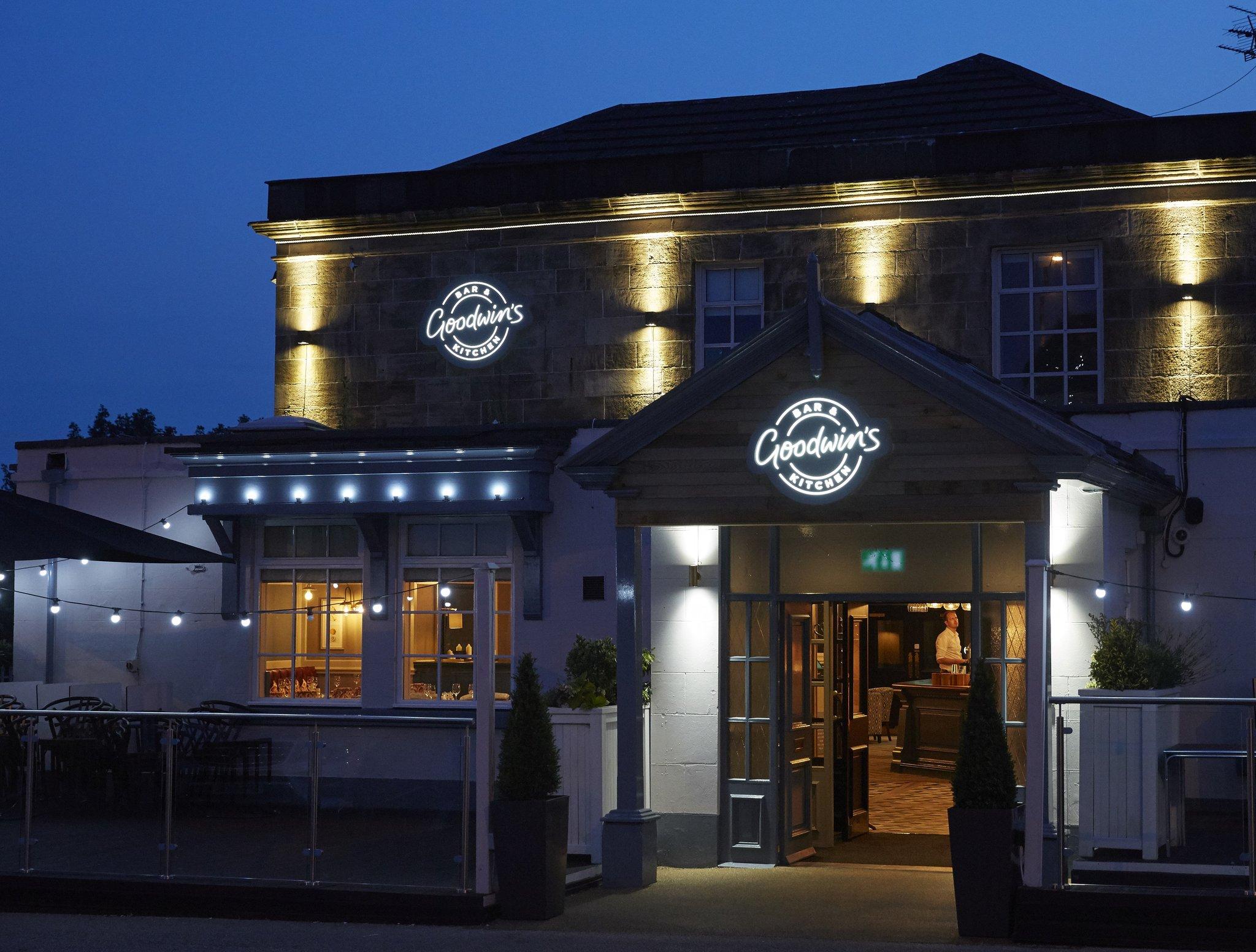 Hartwood Hall Hotel & Restaurant