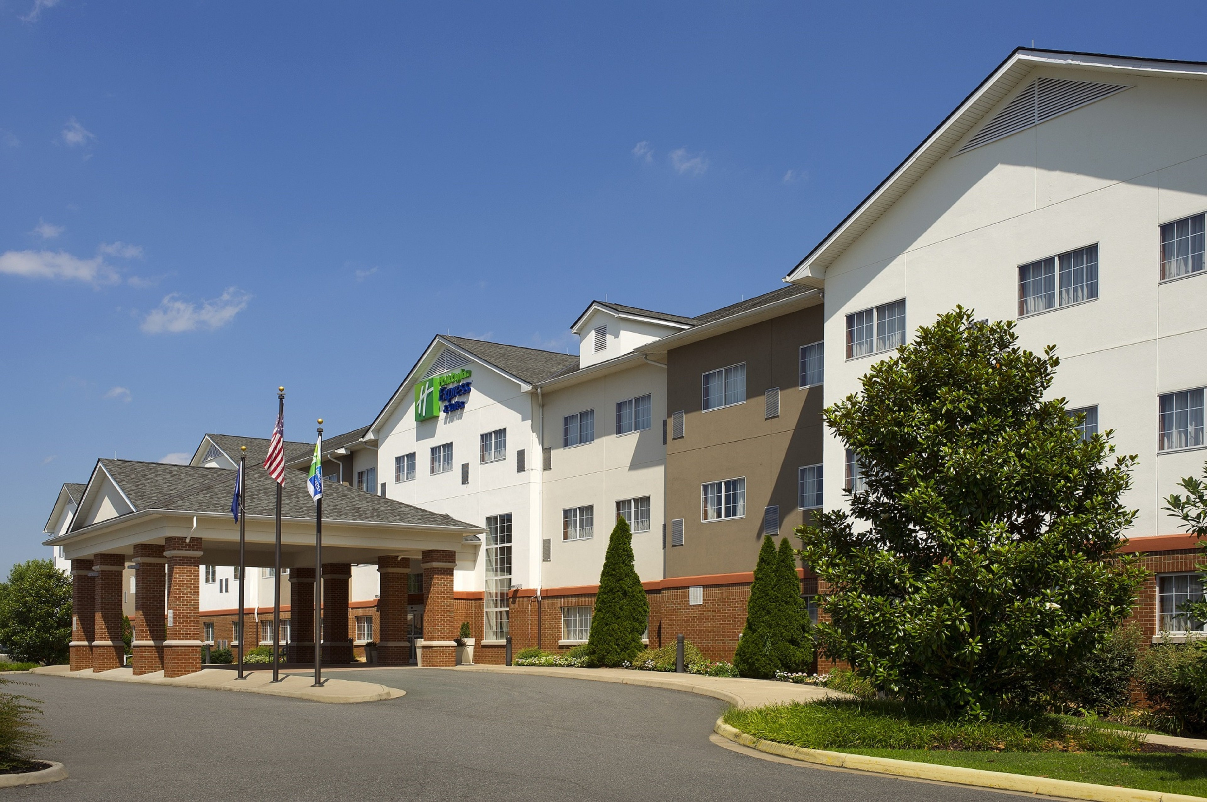 Holiday Inn Express/Stes Charlottesville
