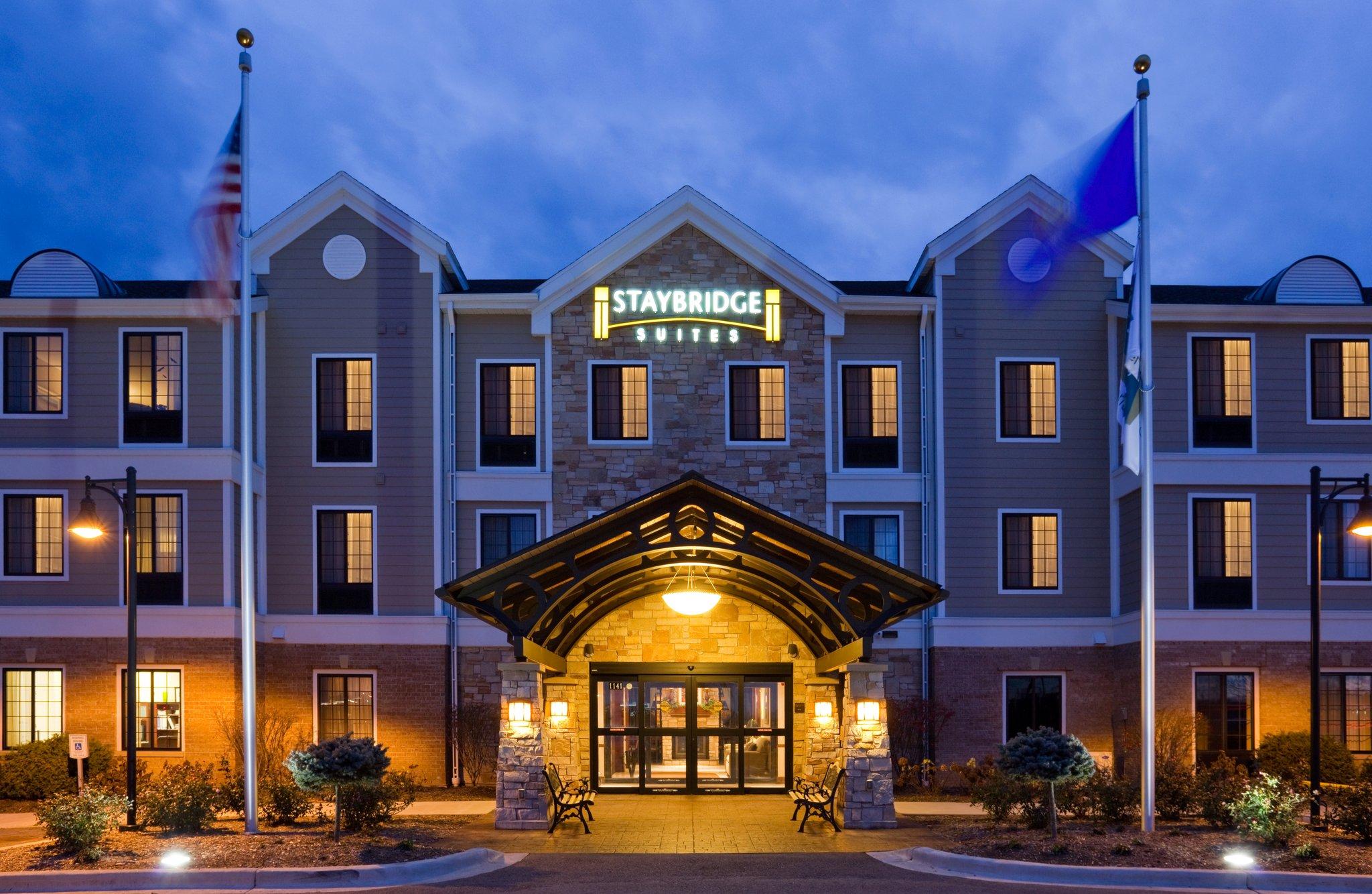 Staybridge Suites West-Oconomowoc