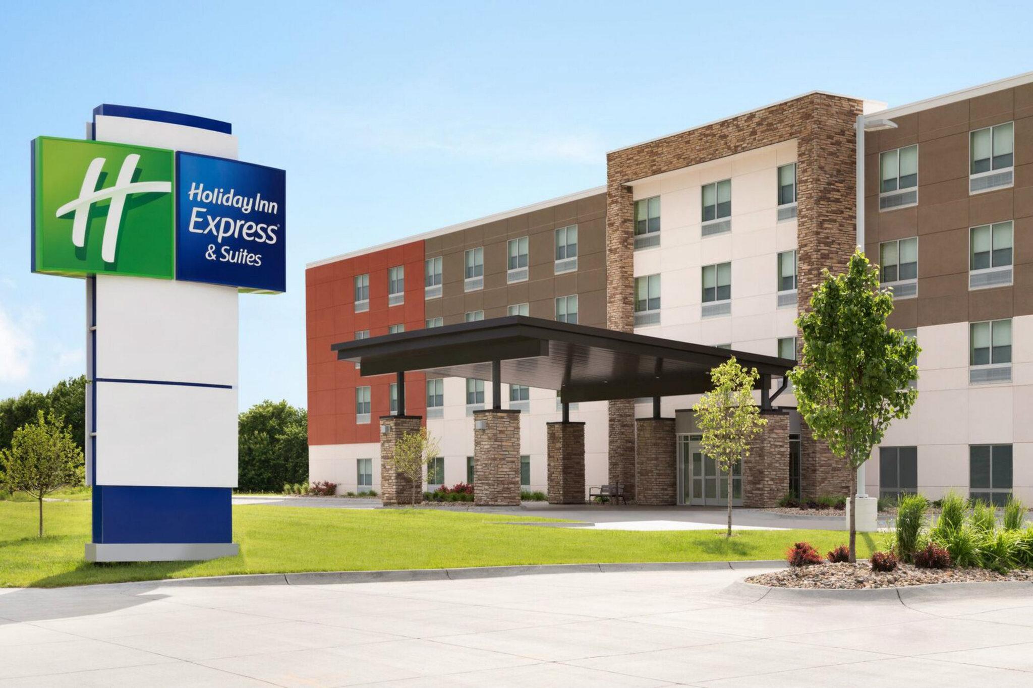 Holiday Inn Express & Stes Nebraska City
