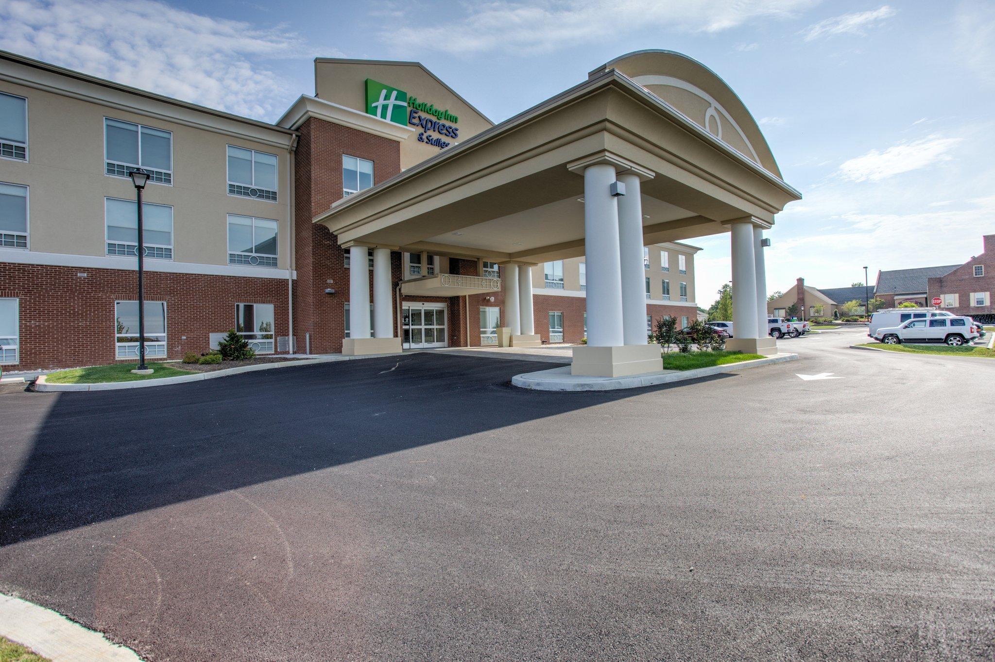 Holiday Inn Express/Stes Lancaster East
