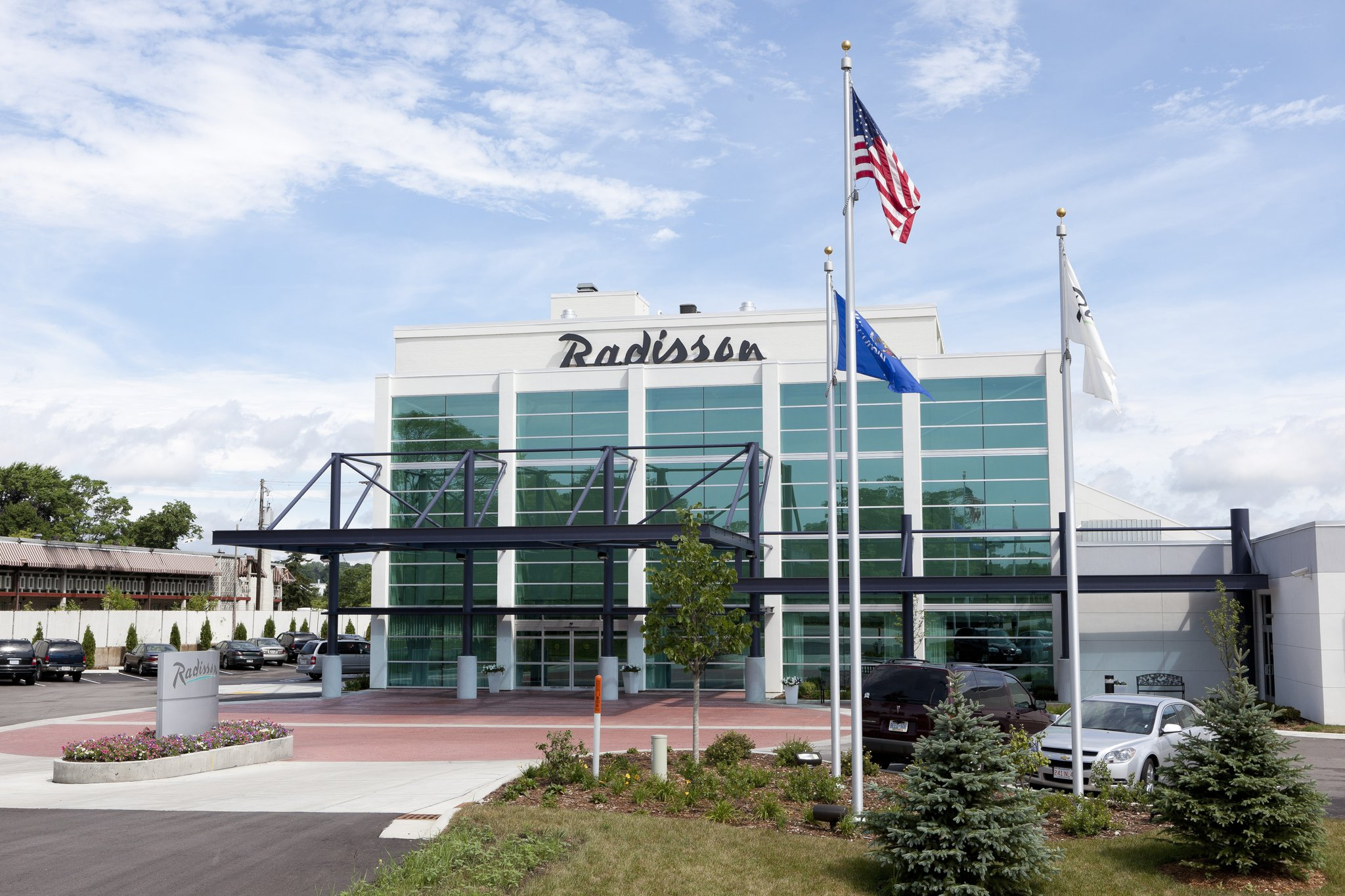 Radisson Hotel Milwaukee NW