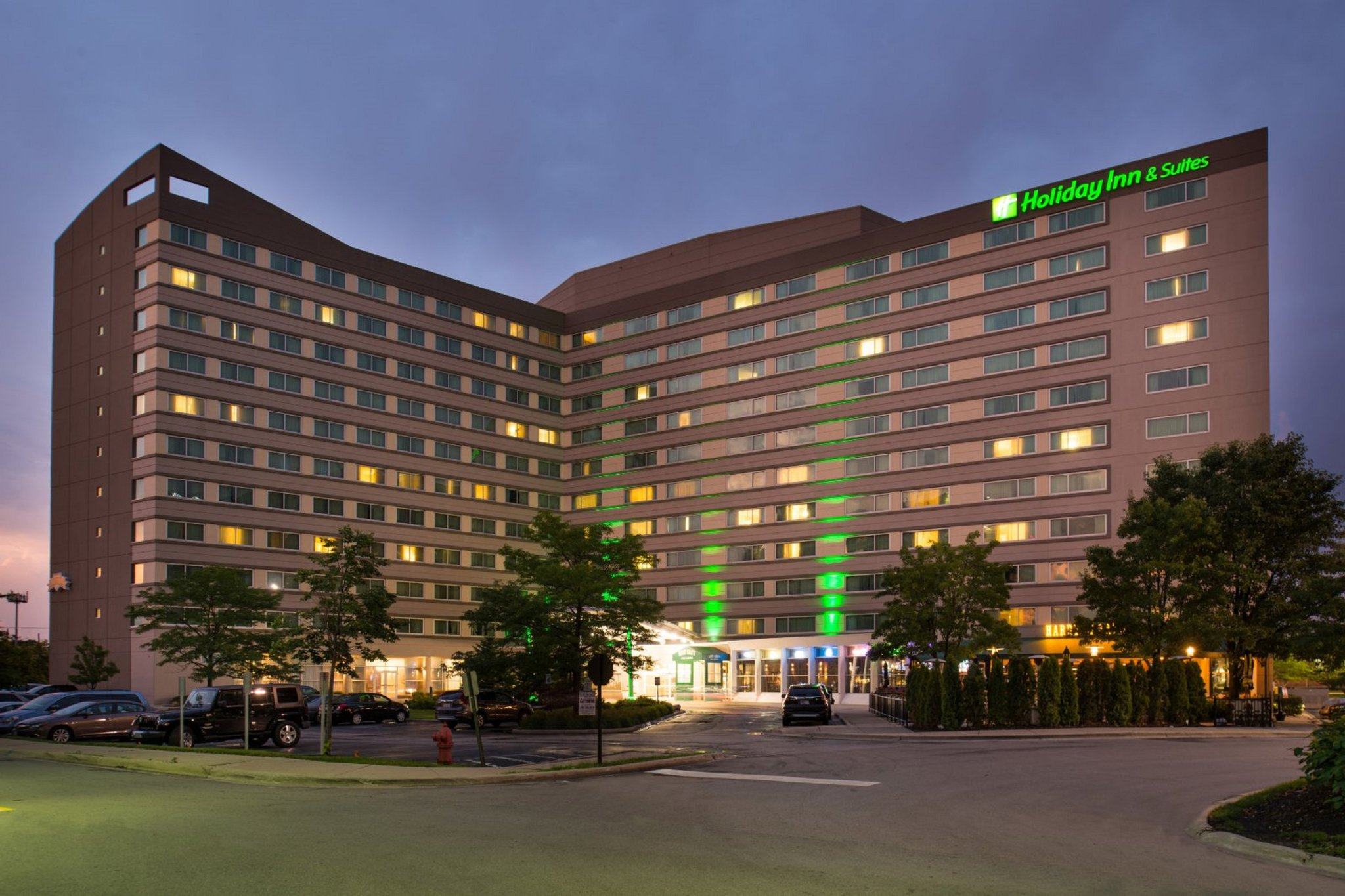 Holiday Inn & Suites Chicago-O'Hare