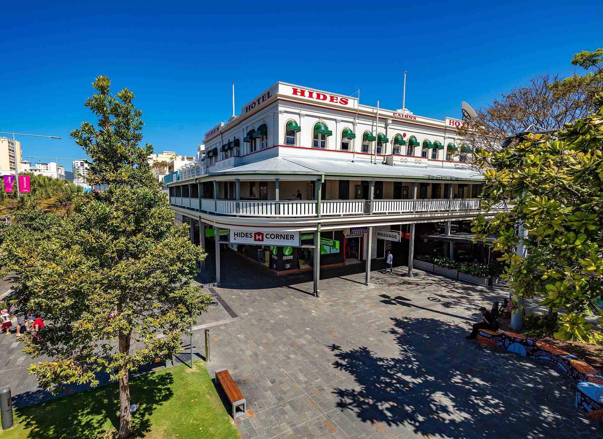 Hides Hotel, Cairns