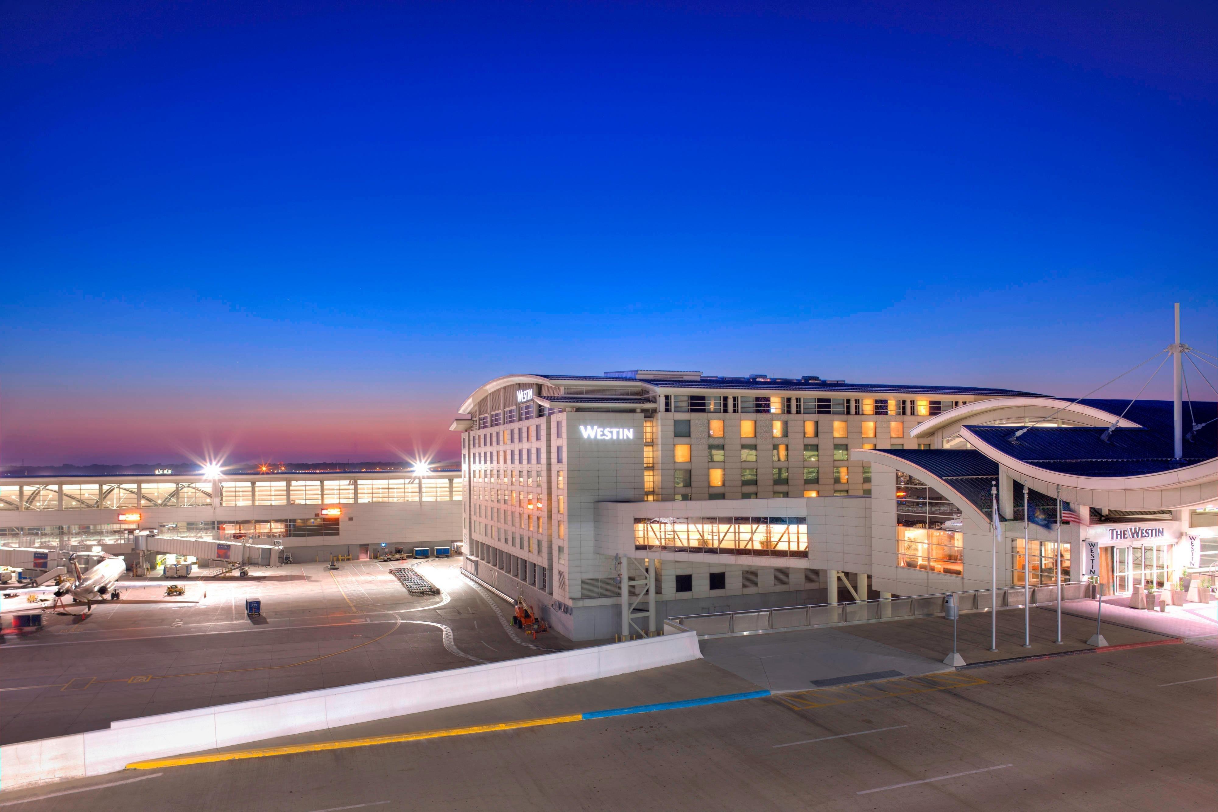 The Westin Detroit Metropolitan Airport