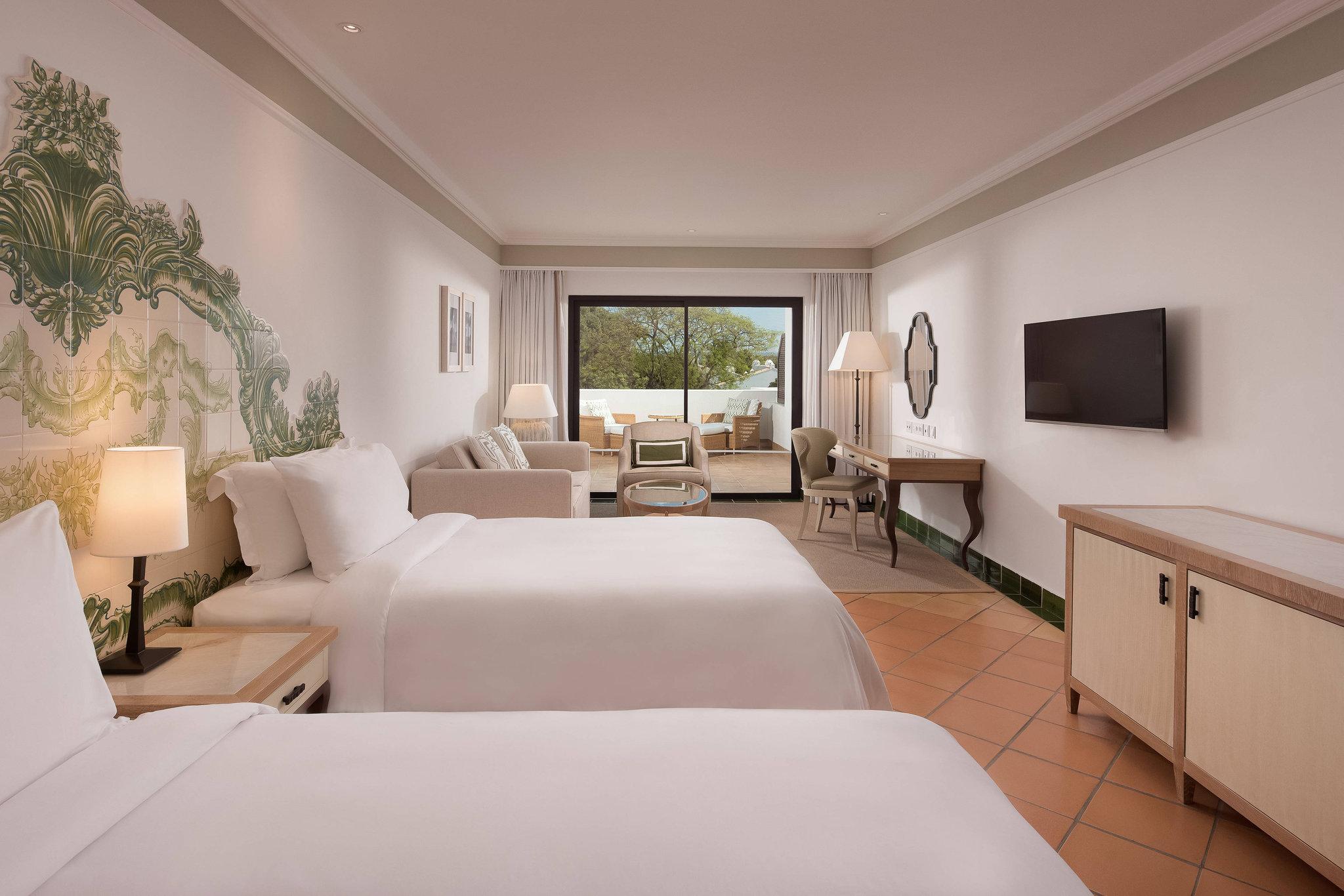 Pine Cliffs Hotel, Luxury Coll Resort