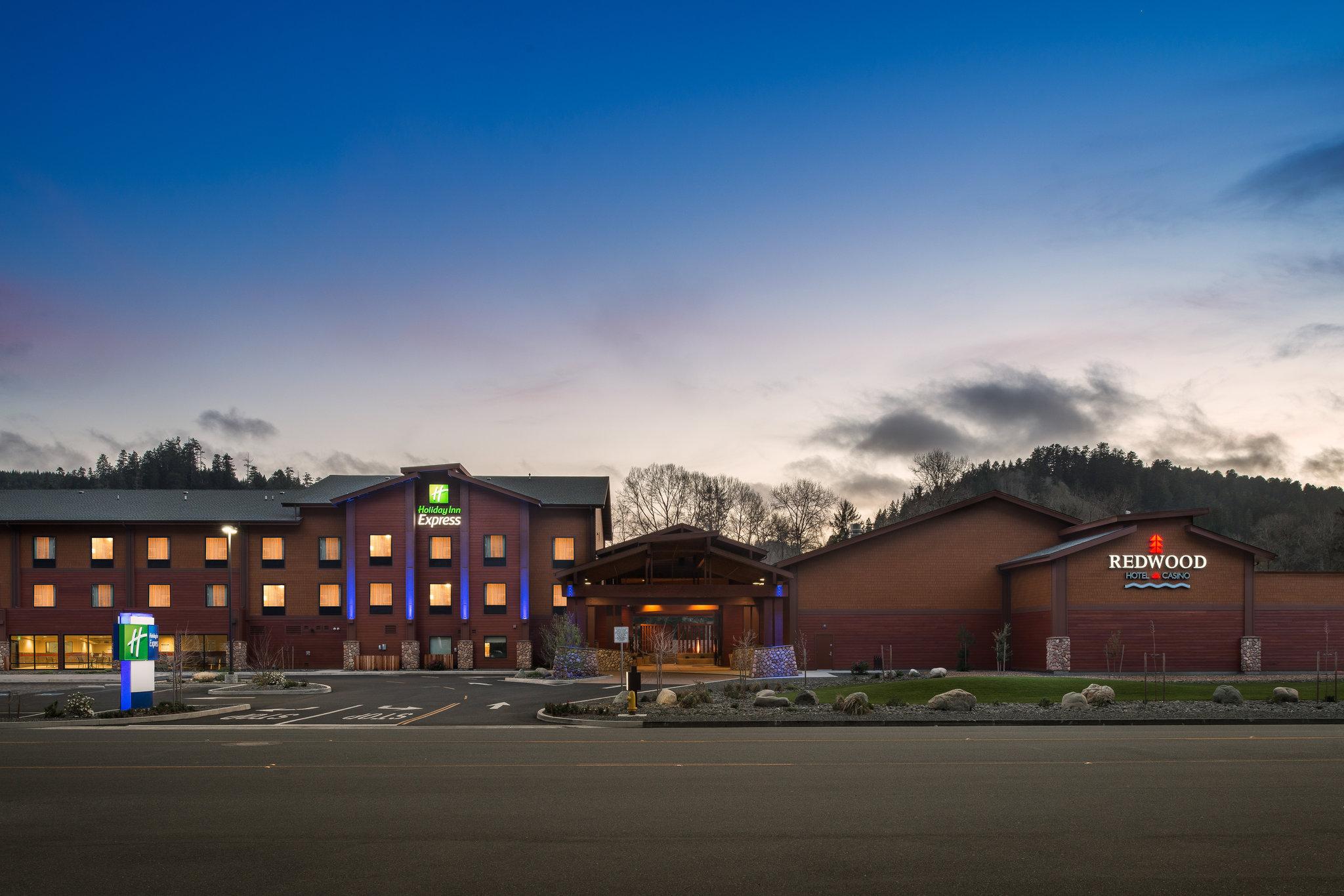 Holiday Inn Express Redwood Natl Park