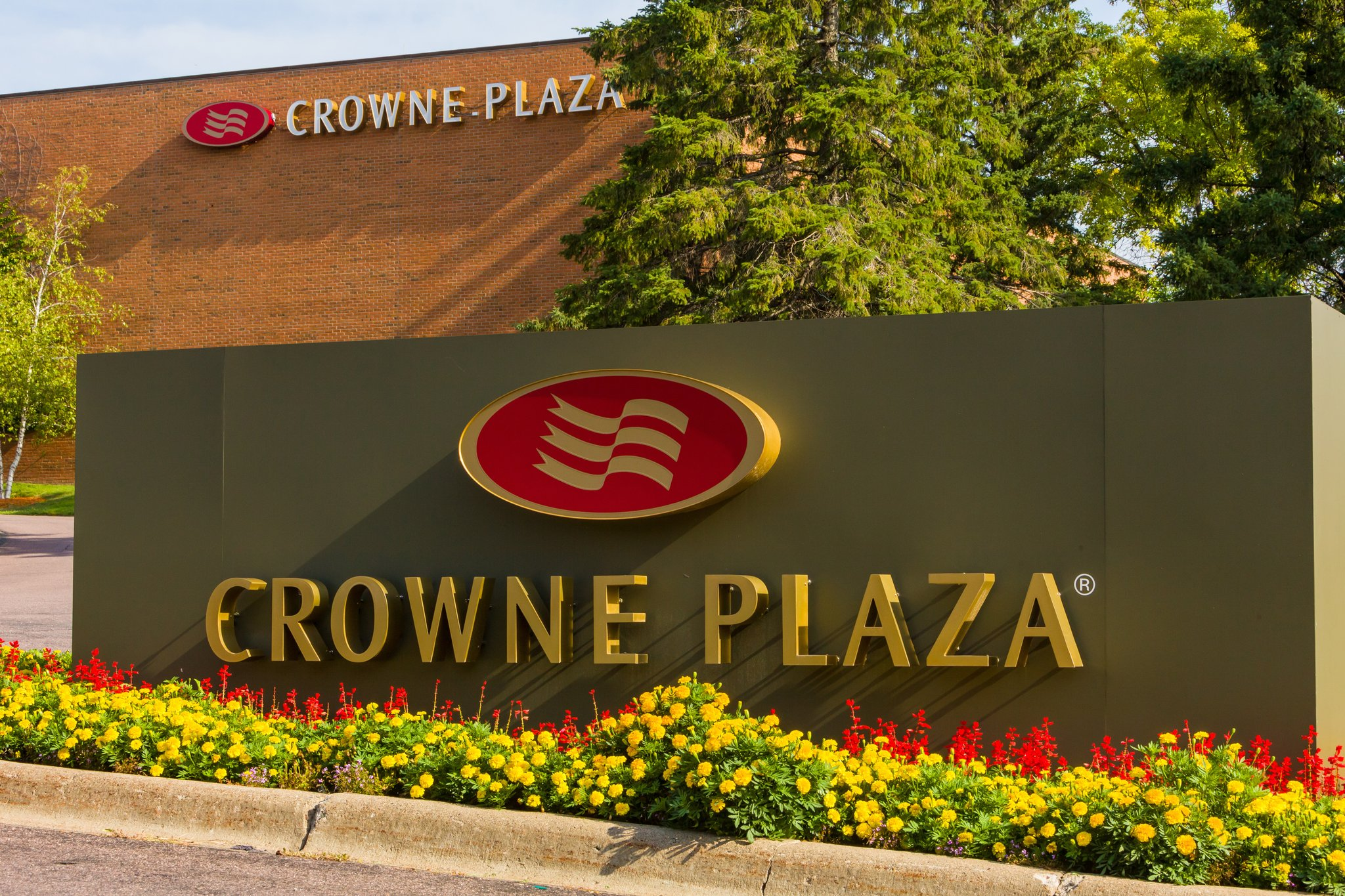 Crowne Plaza Hotel Minneapolis West