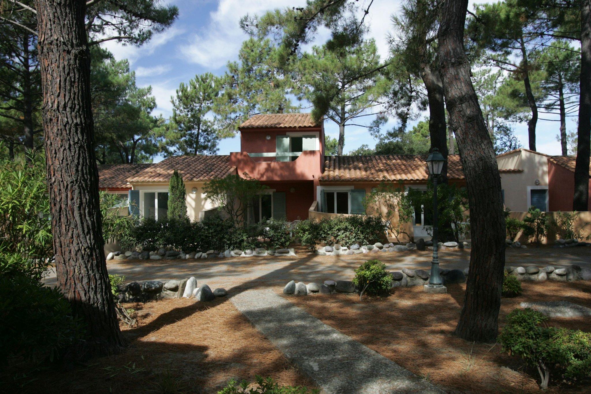 Adonis Borgo Residence Cala Bianca