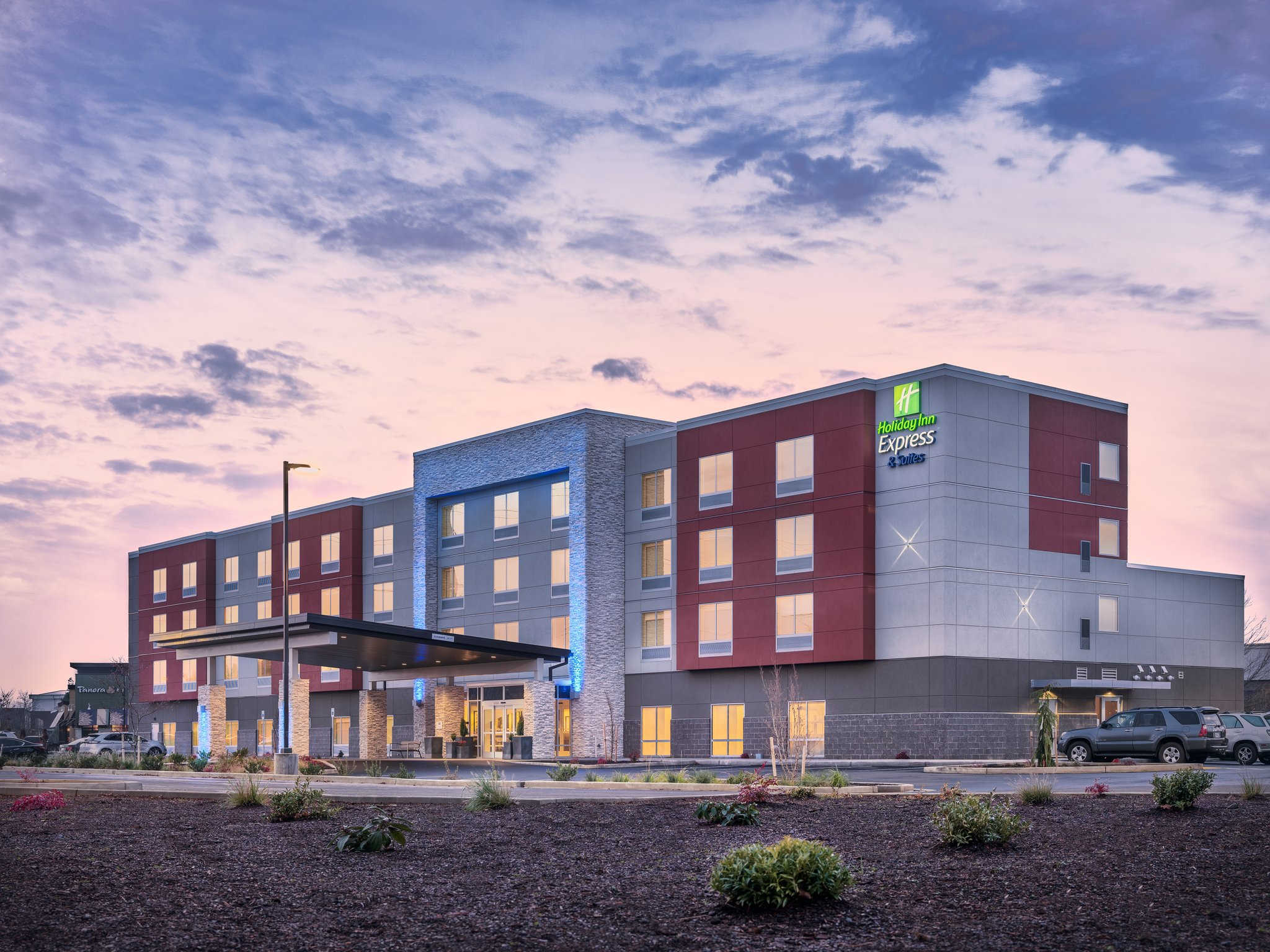 Holiday Inn Express & Suites Keizer