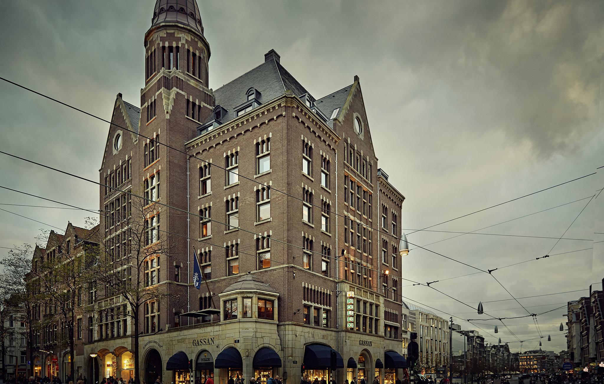 TwentySeven Hotel