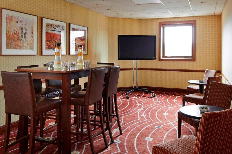 Newcastle Gateshead Marriott Hotel MetroCentre | Metrocentre, Gateshead NE11 9XF | +44 191 493 2233