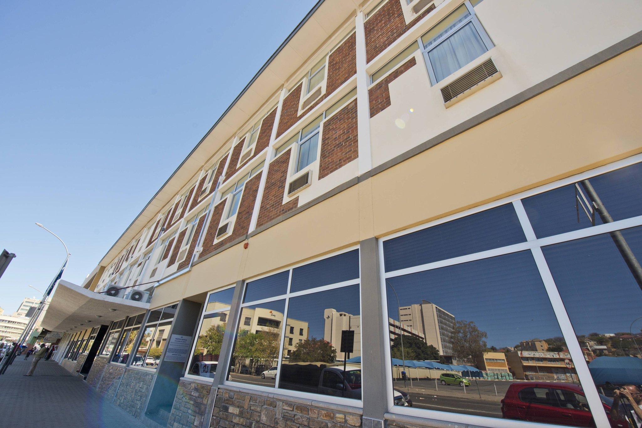 Protea Hotel Windhoek Thuringer