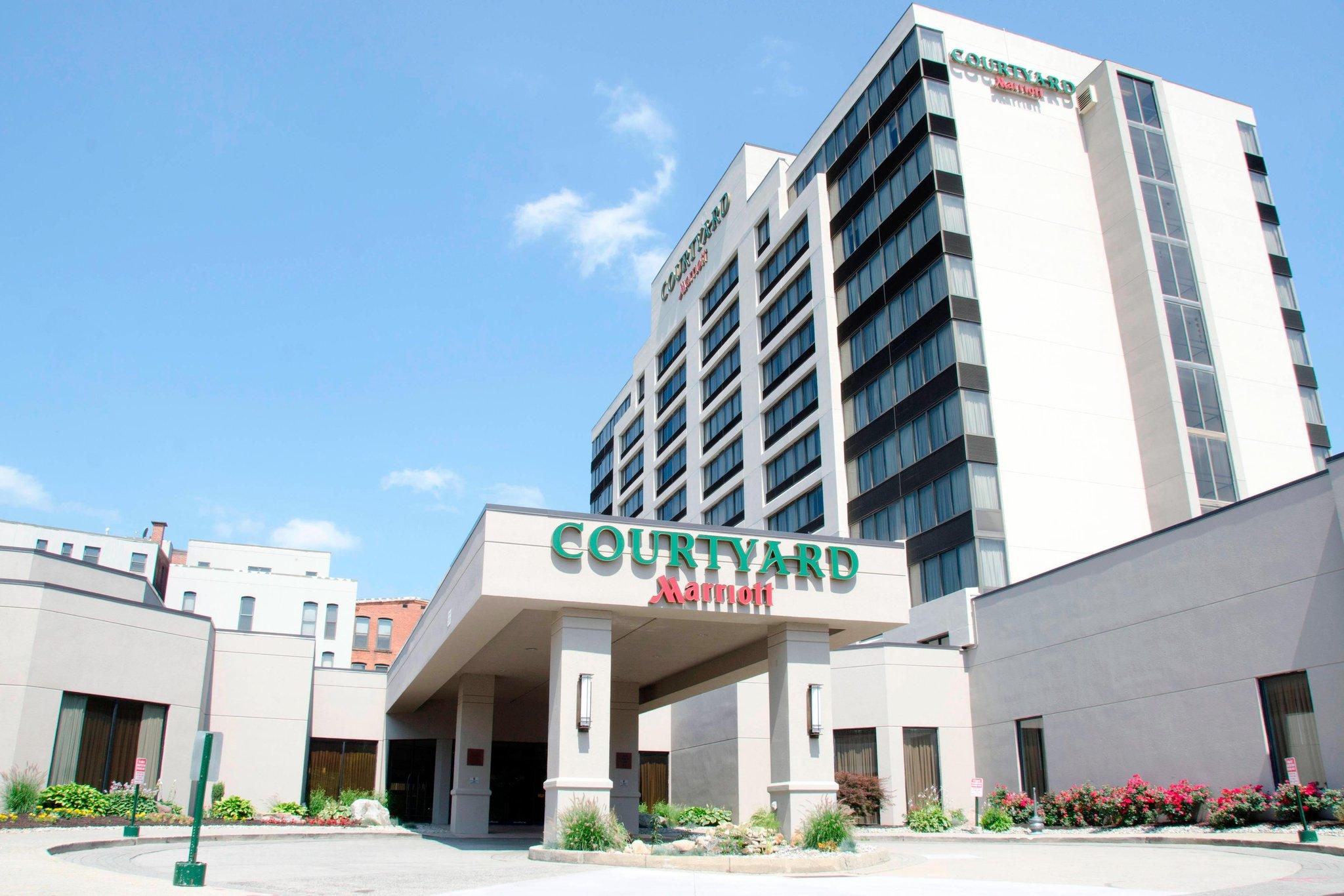 Courtyard Waterbury Downtown