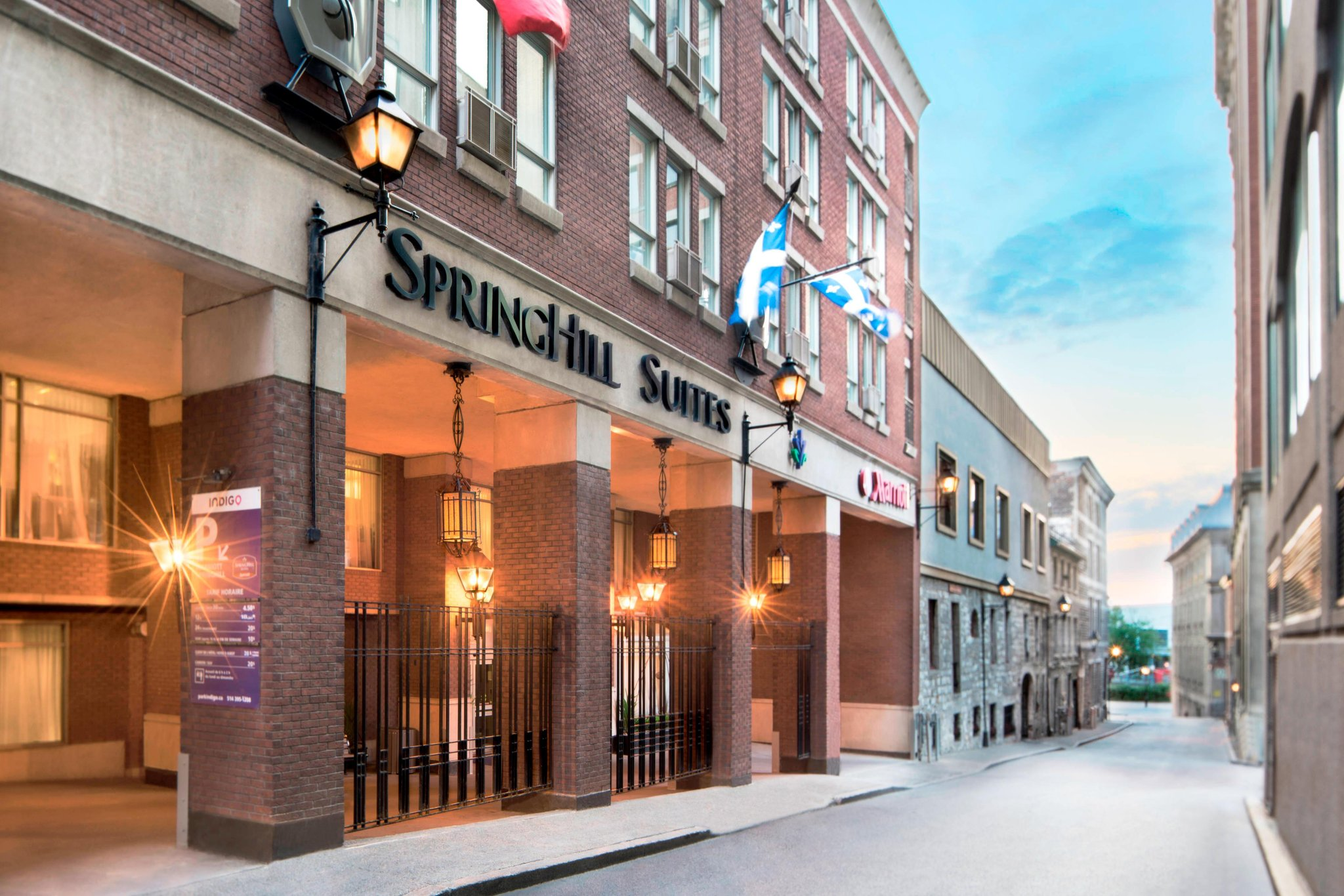 SpringHill Suites Old Montreal
