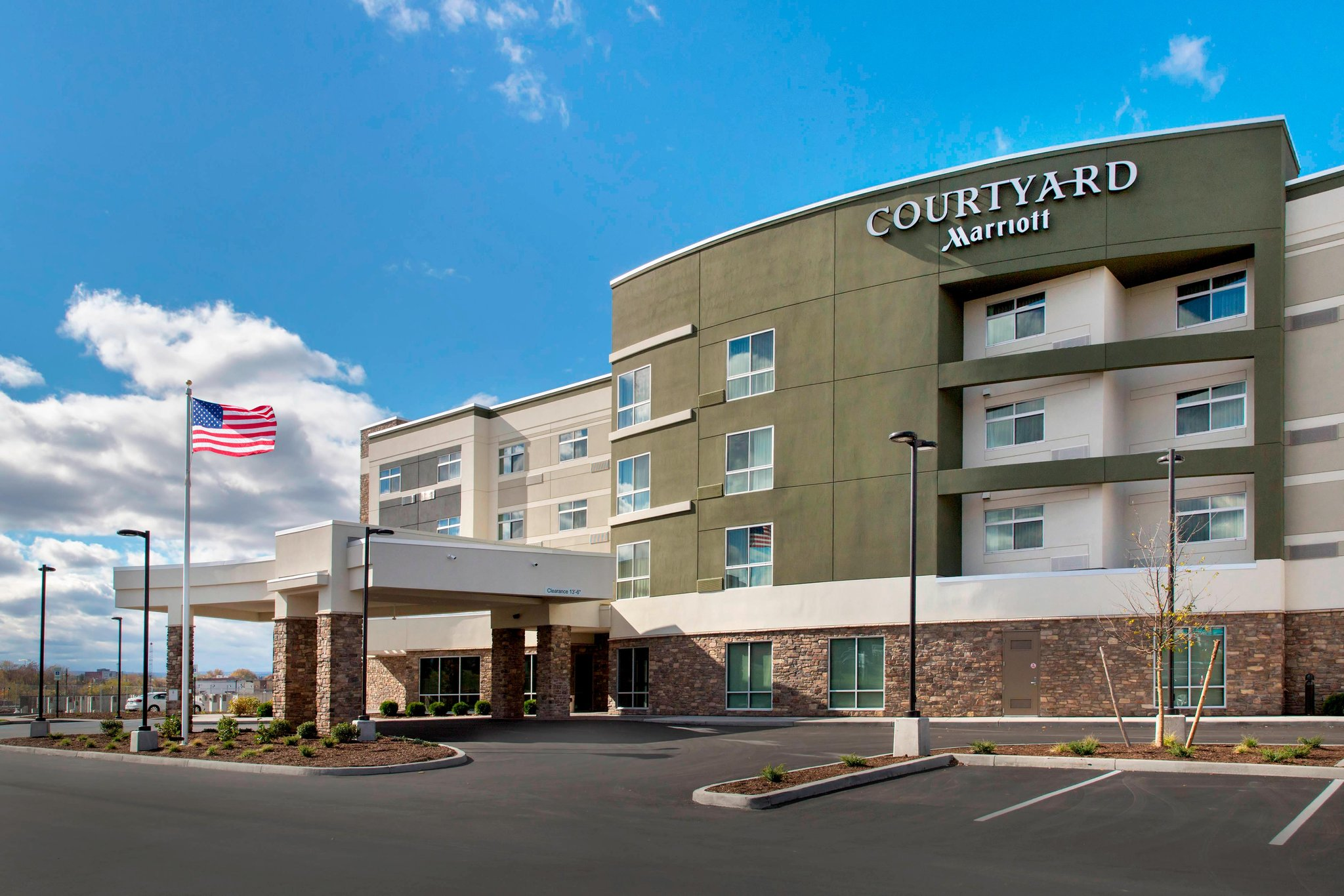 Courtyard Schenectady at Mohawk Harbor