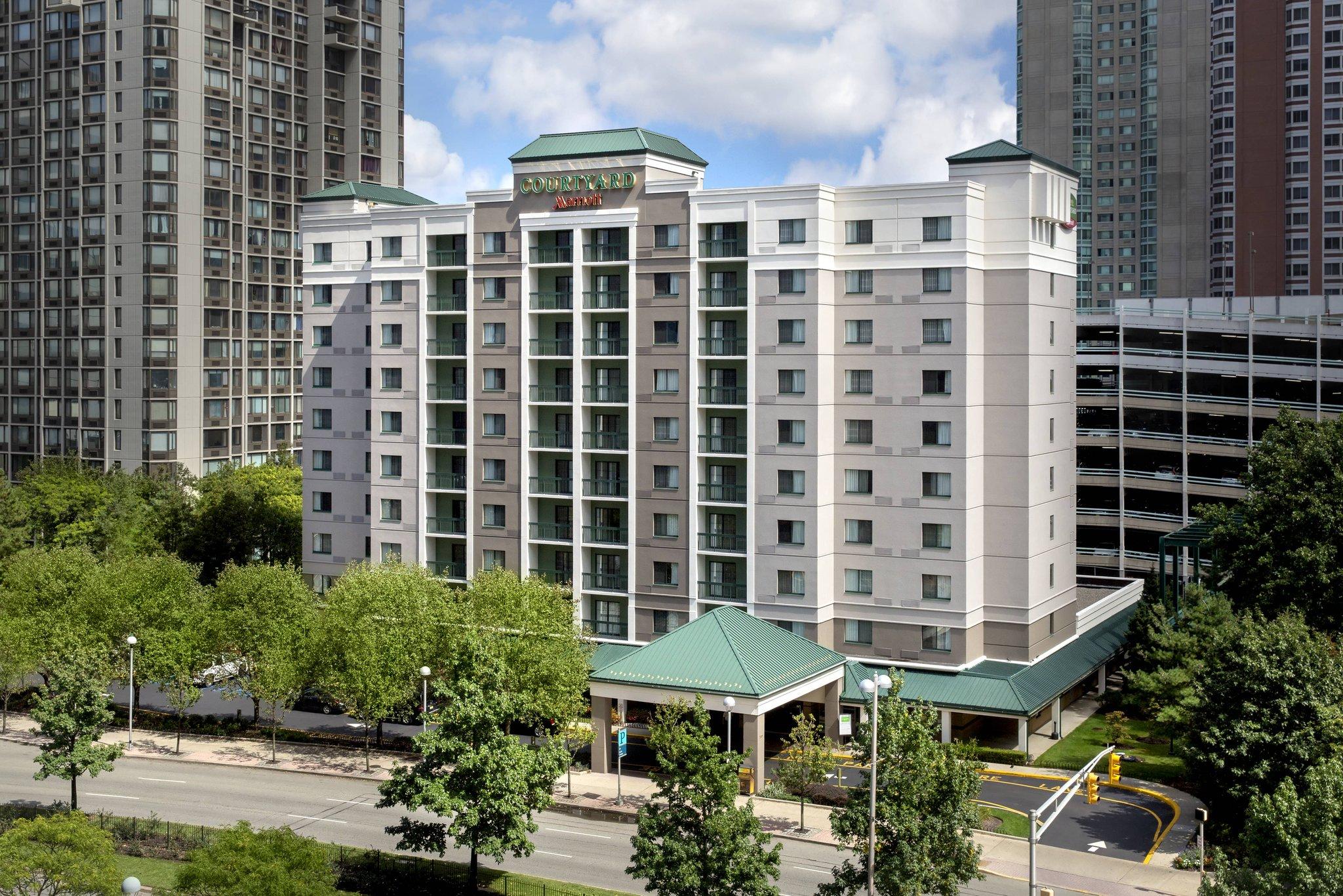 Courtyard Marriott Jersey City Newport