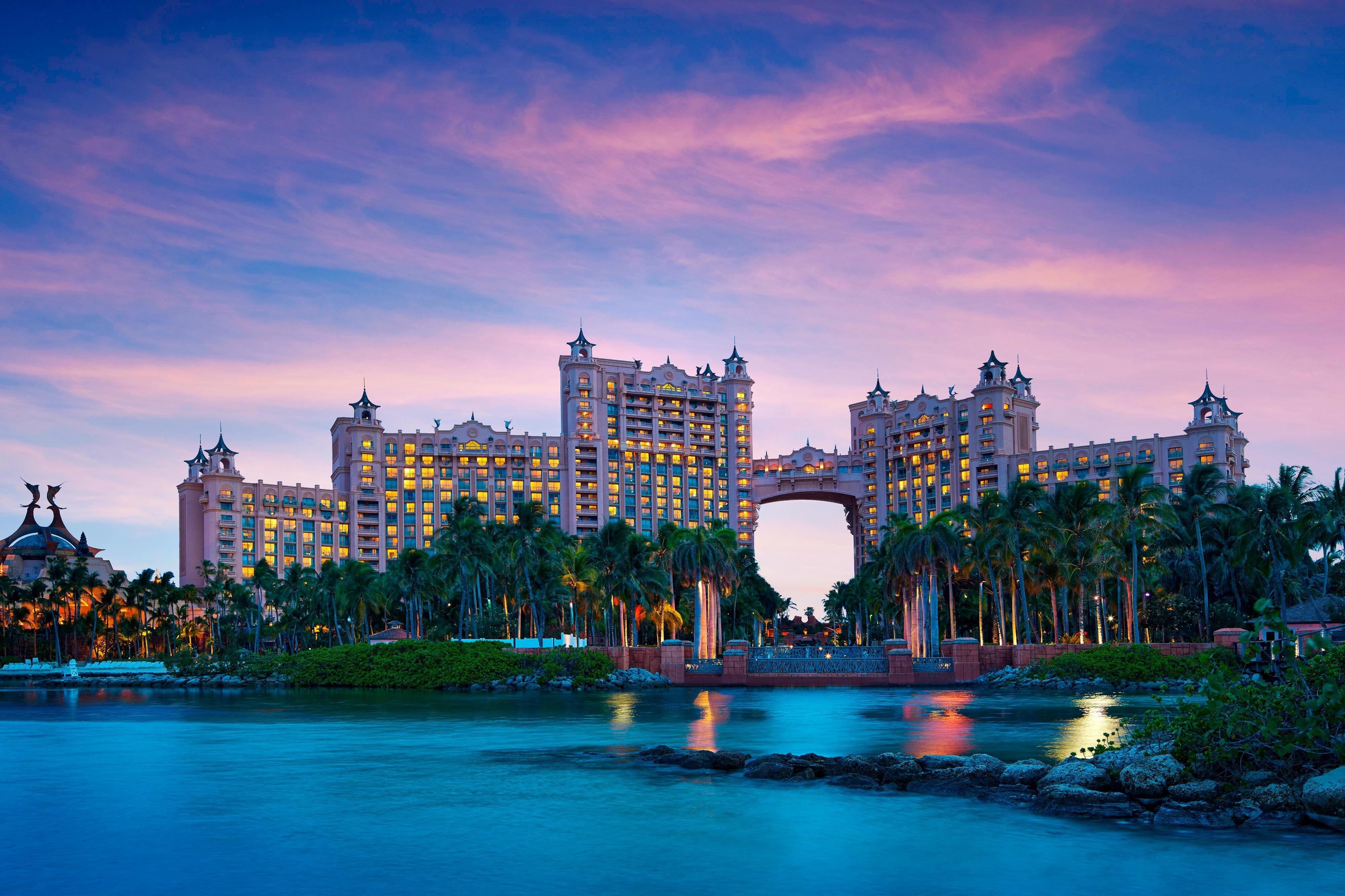 Atlantis Paradise Island-The Royal- First Class Paradise Island, Bahamas  Hotels- GDS Reservation Codes: Travel Weekly