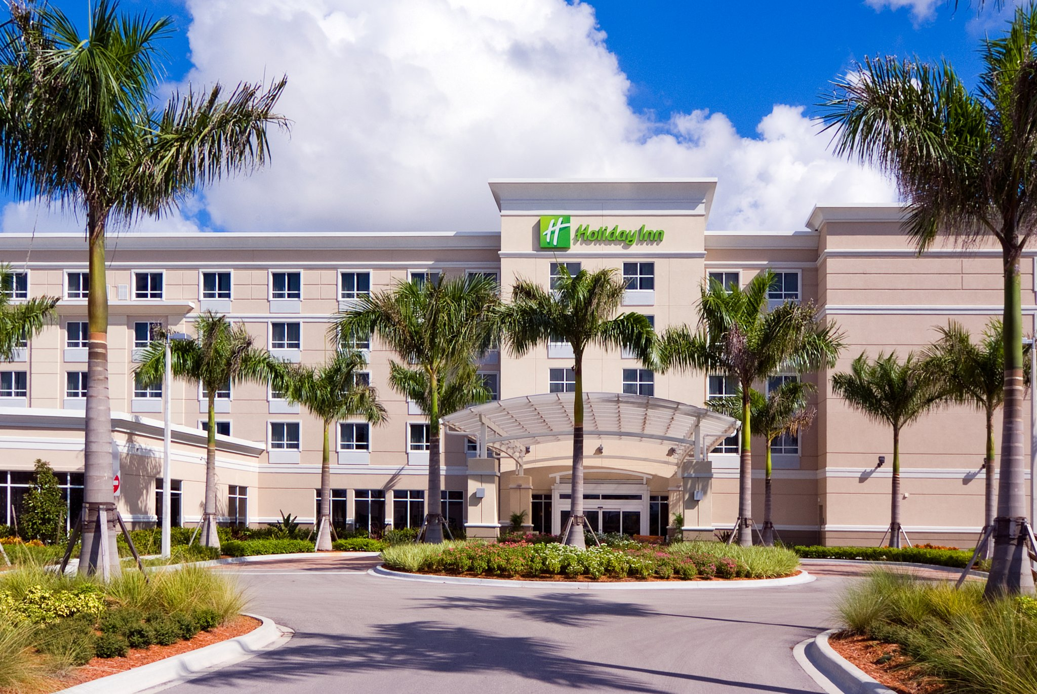 Holiday Inn Fort Myers Airport