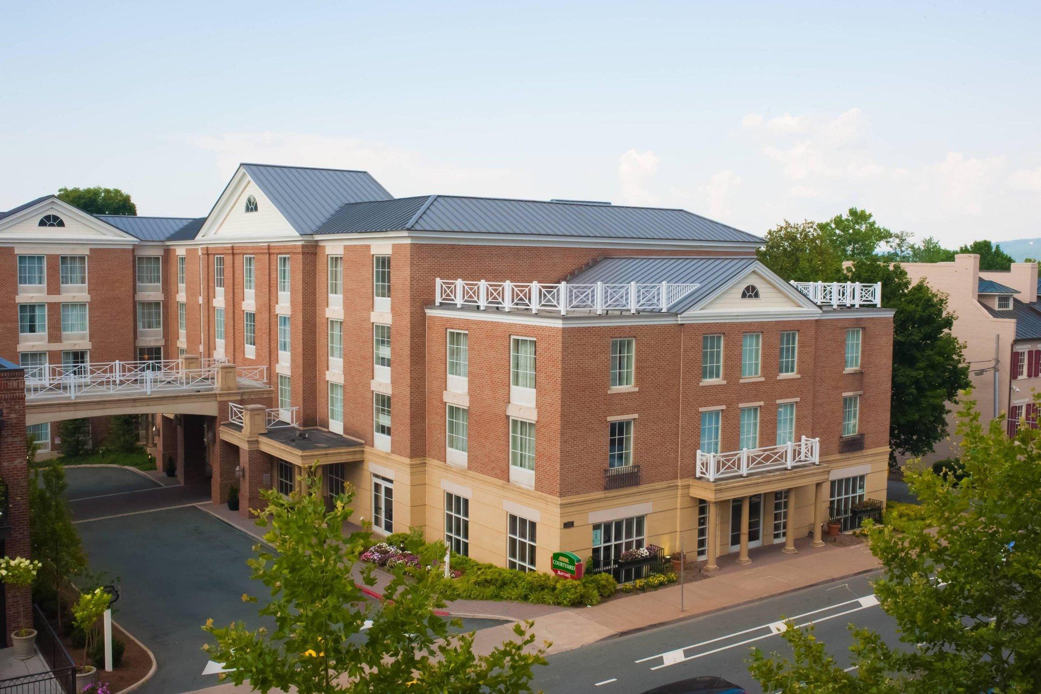 Courtyard Charlottesville-UVA