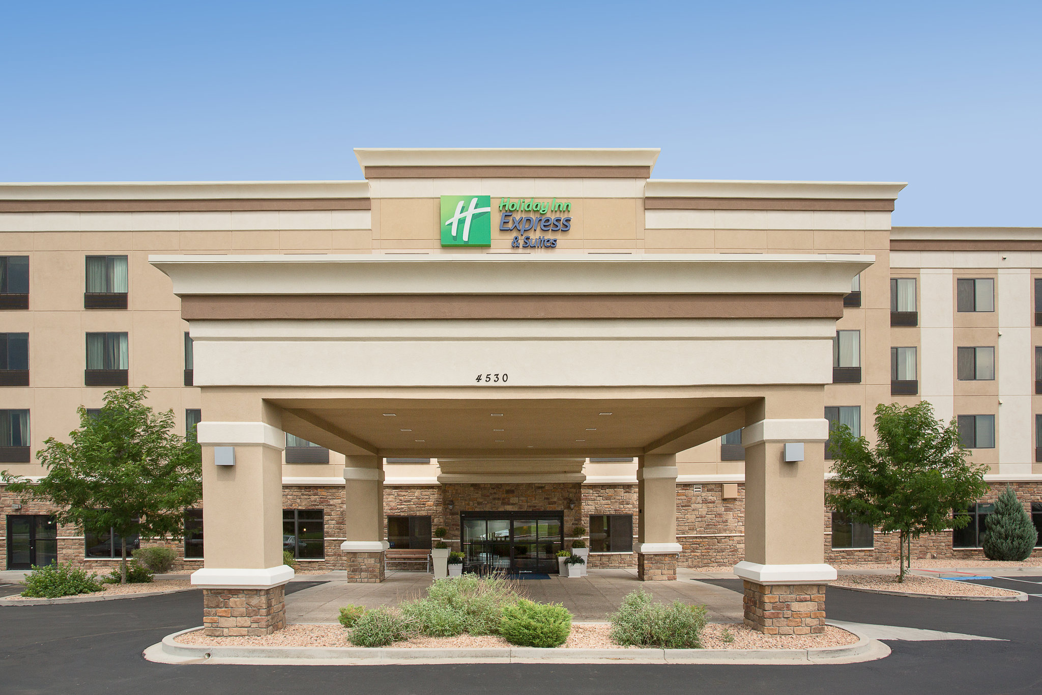 Holiday Inn Hotel & Suites Pueblo North