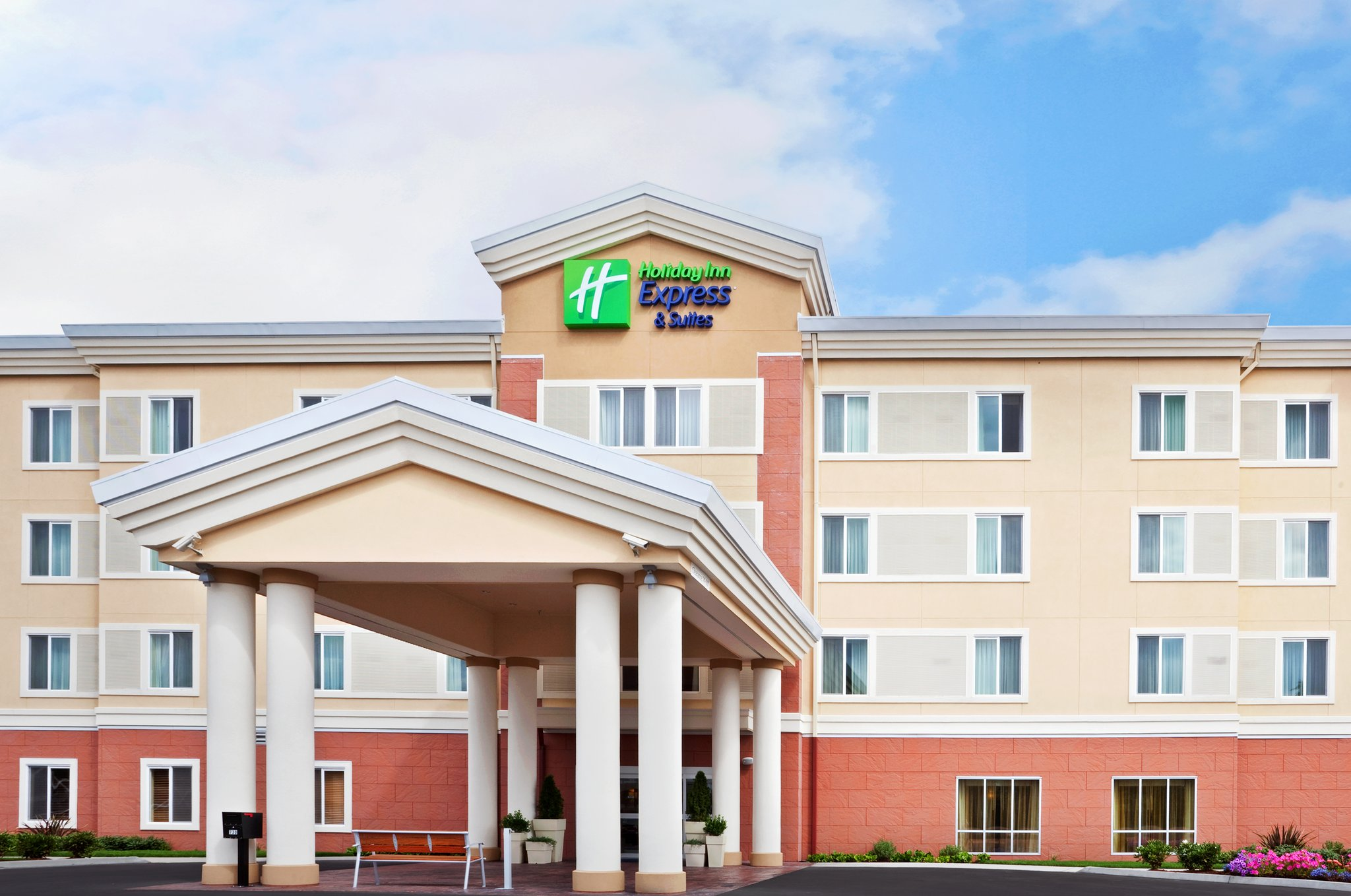 Holiday Inn Express & Suites Chehalis