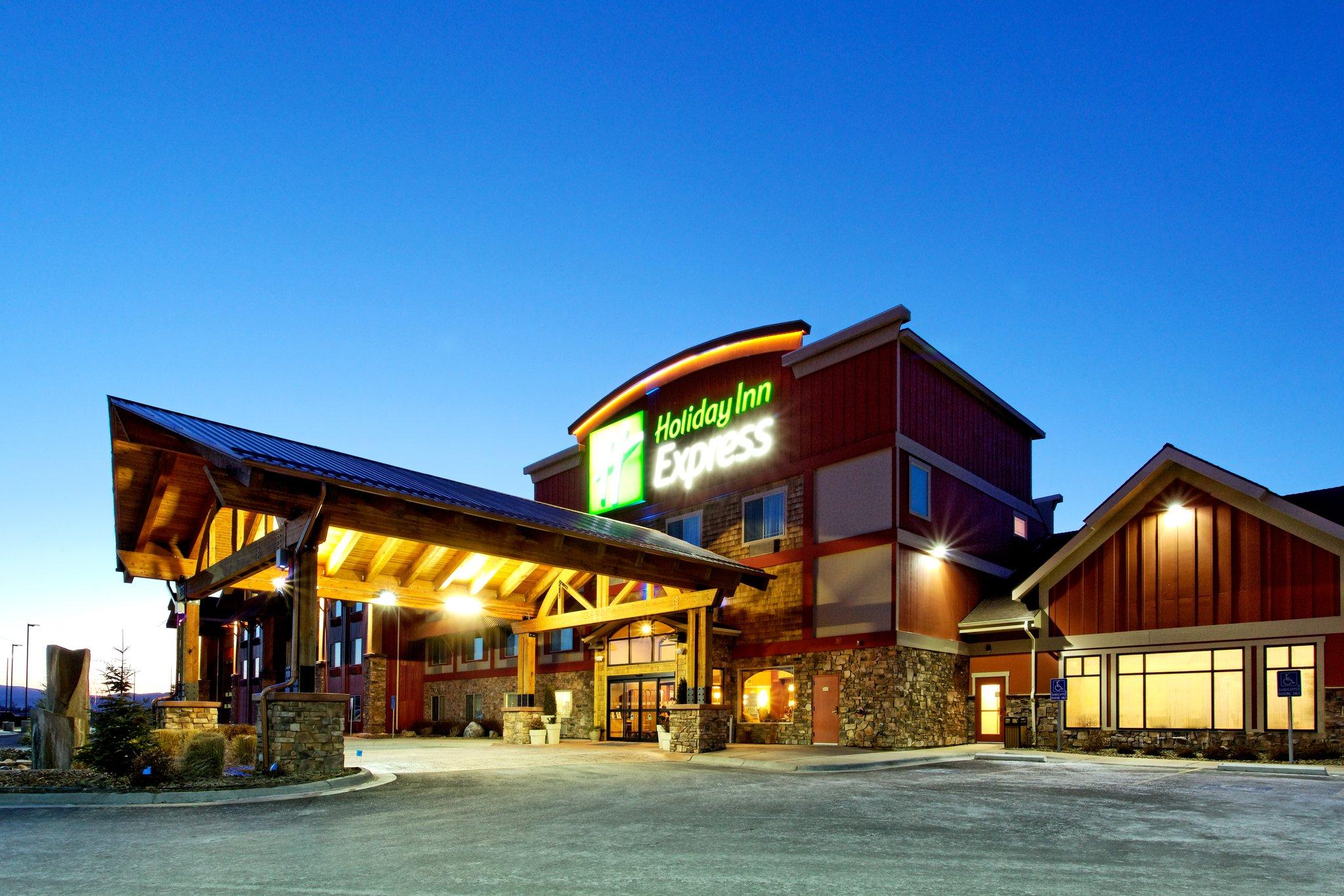Holiday Inn Express & Suites Kalispell