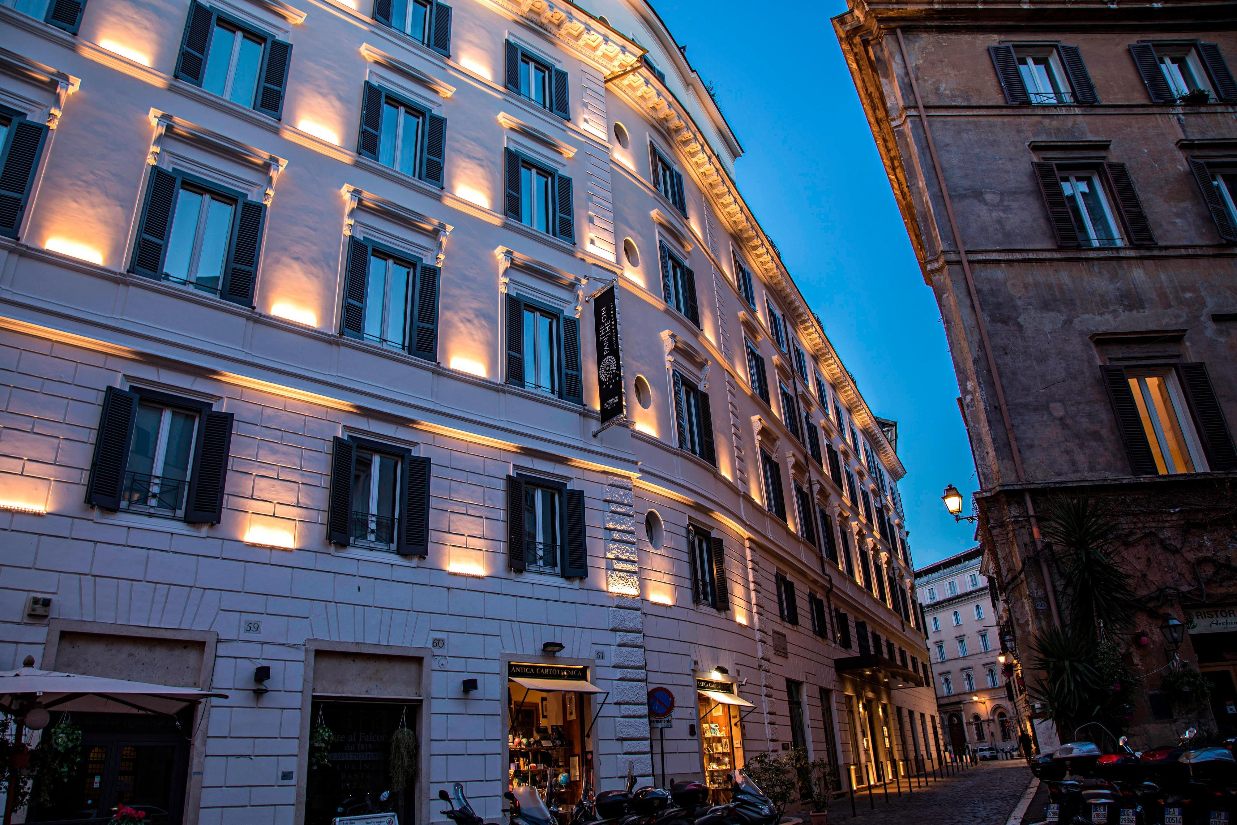 The Pantheon Iconic Rome Hotel- Rome, Italy Hotels- First ...