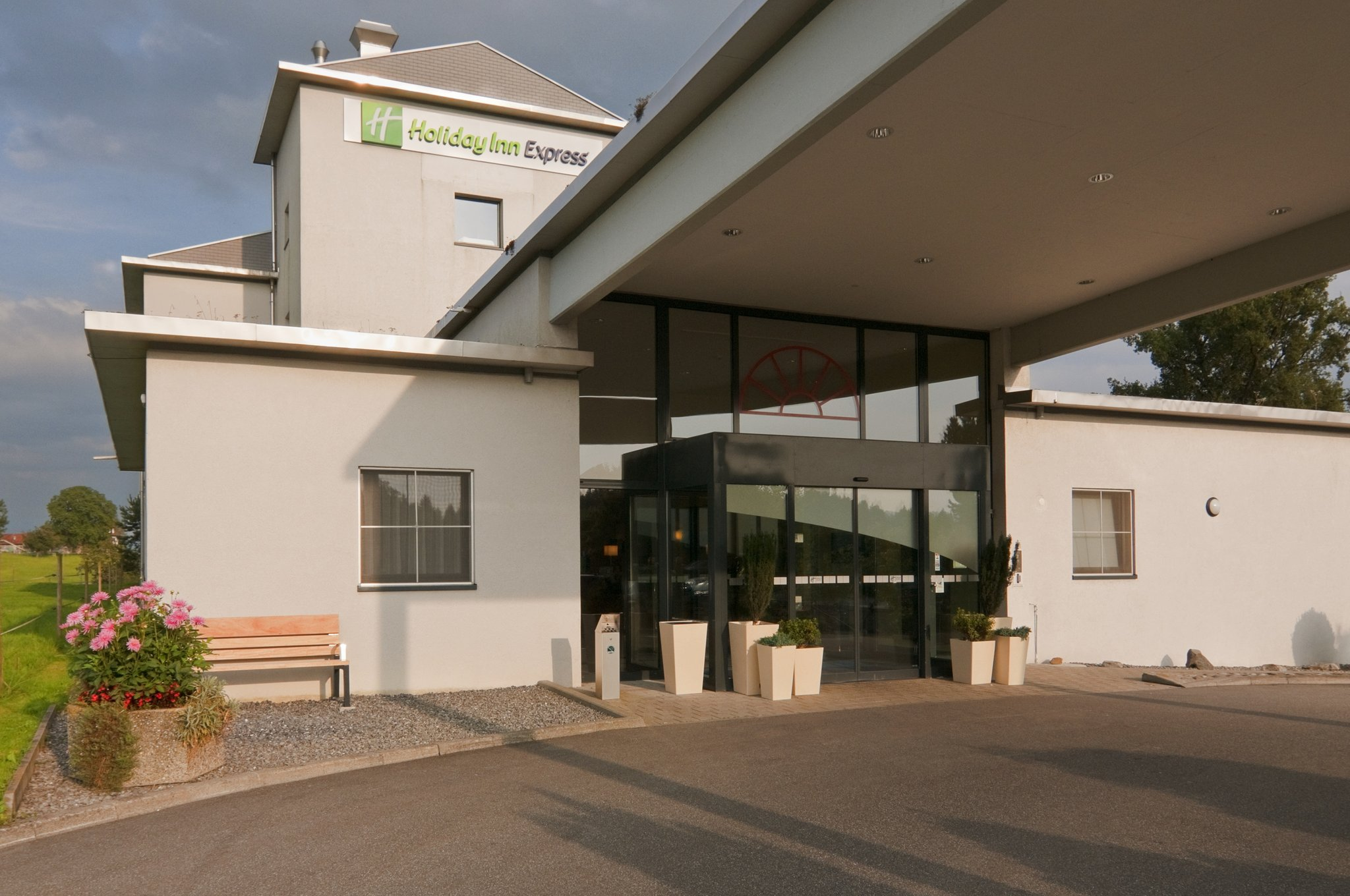 Holiday Inn Express Luzern Neuenkirch Rothenburg