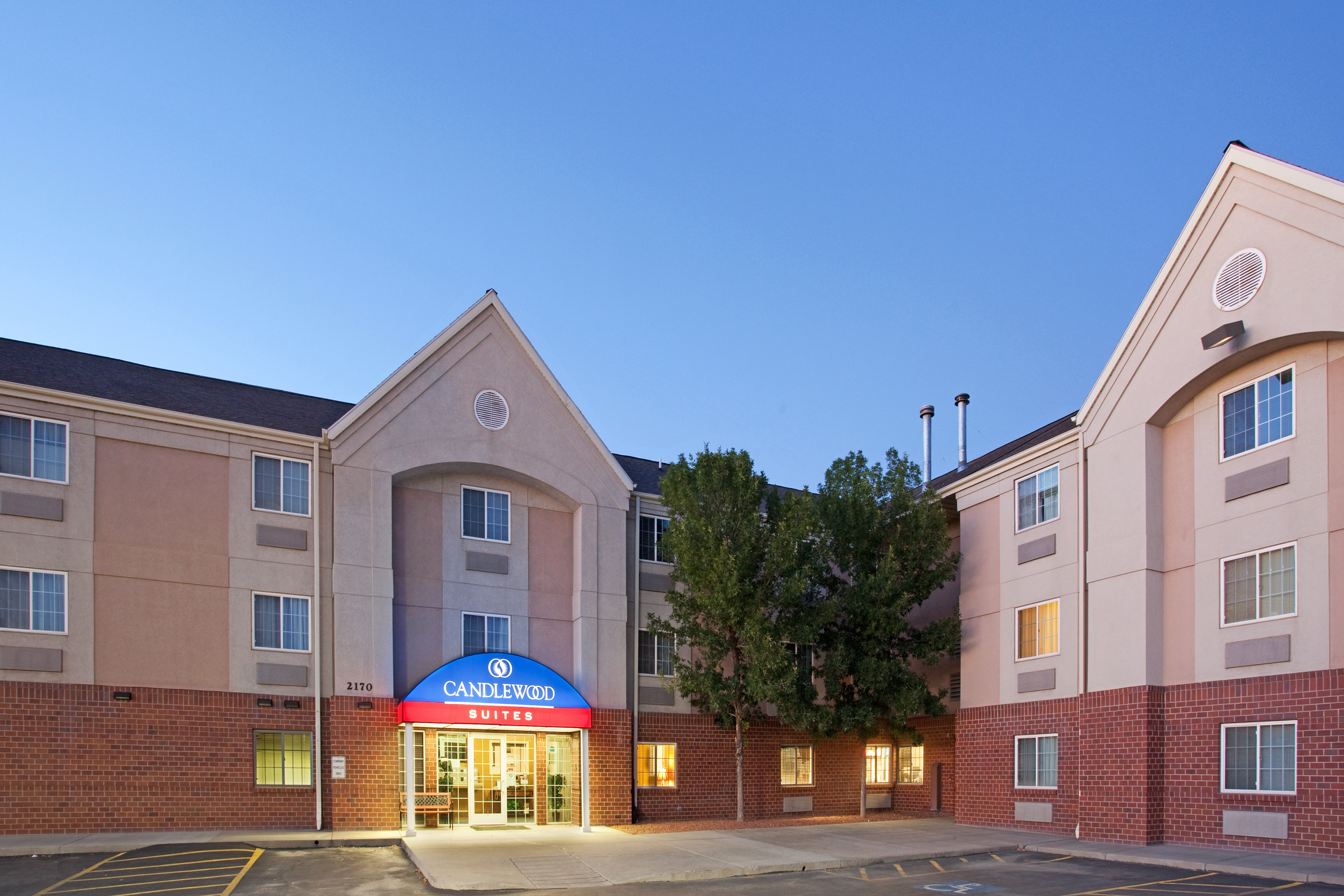 Candlewood Suites Airport