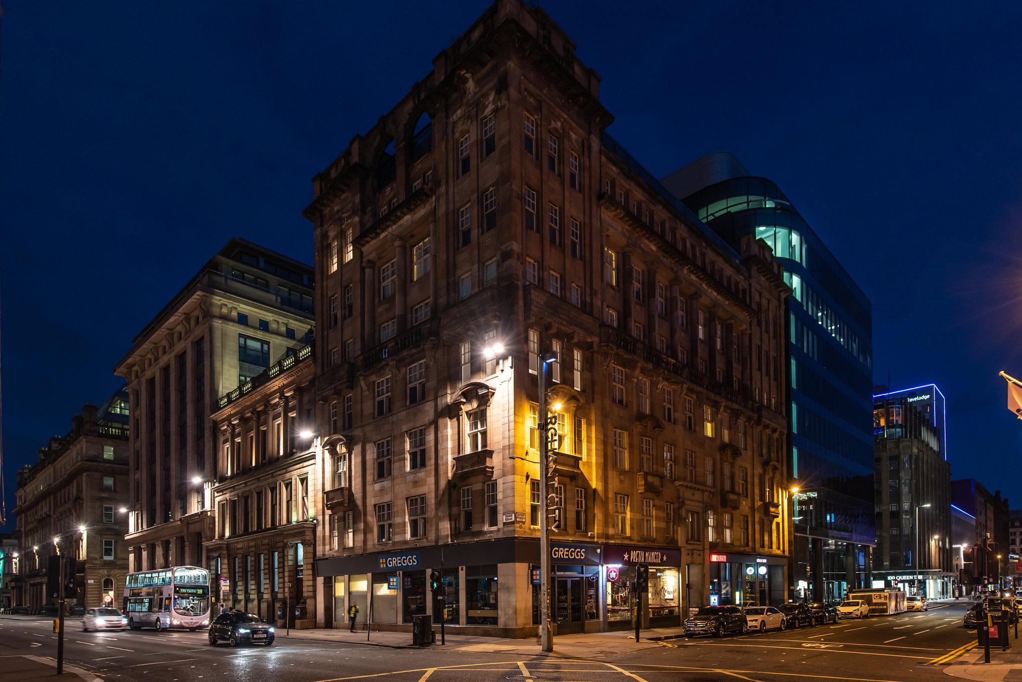Premier Suites Plus Glasgow
