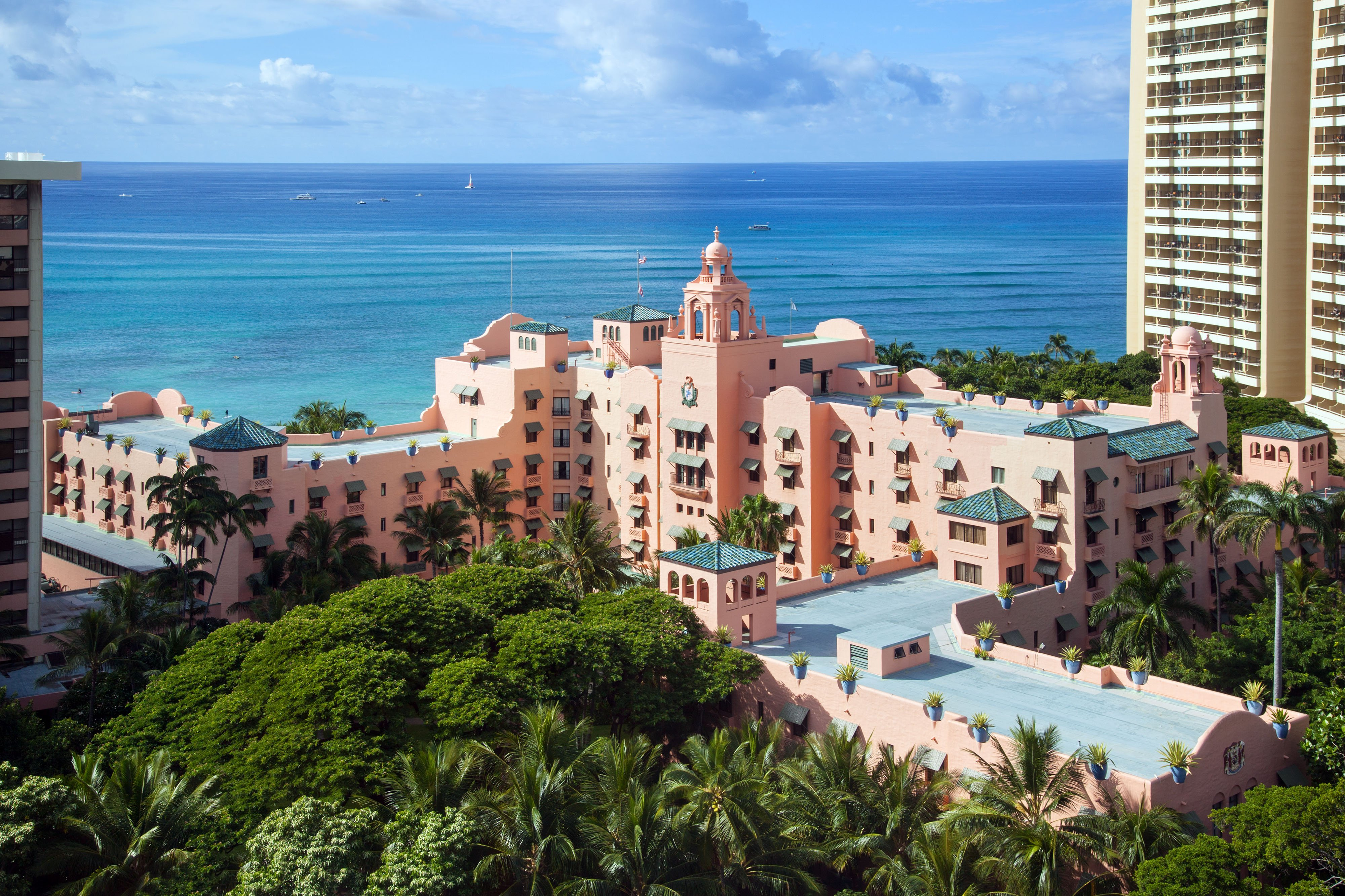 The Royal Hawaiian A Luxury Collection Deluxe Honolulu Hi Hotels Gds Reservation Codes Travel Weekly