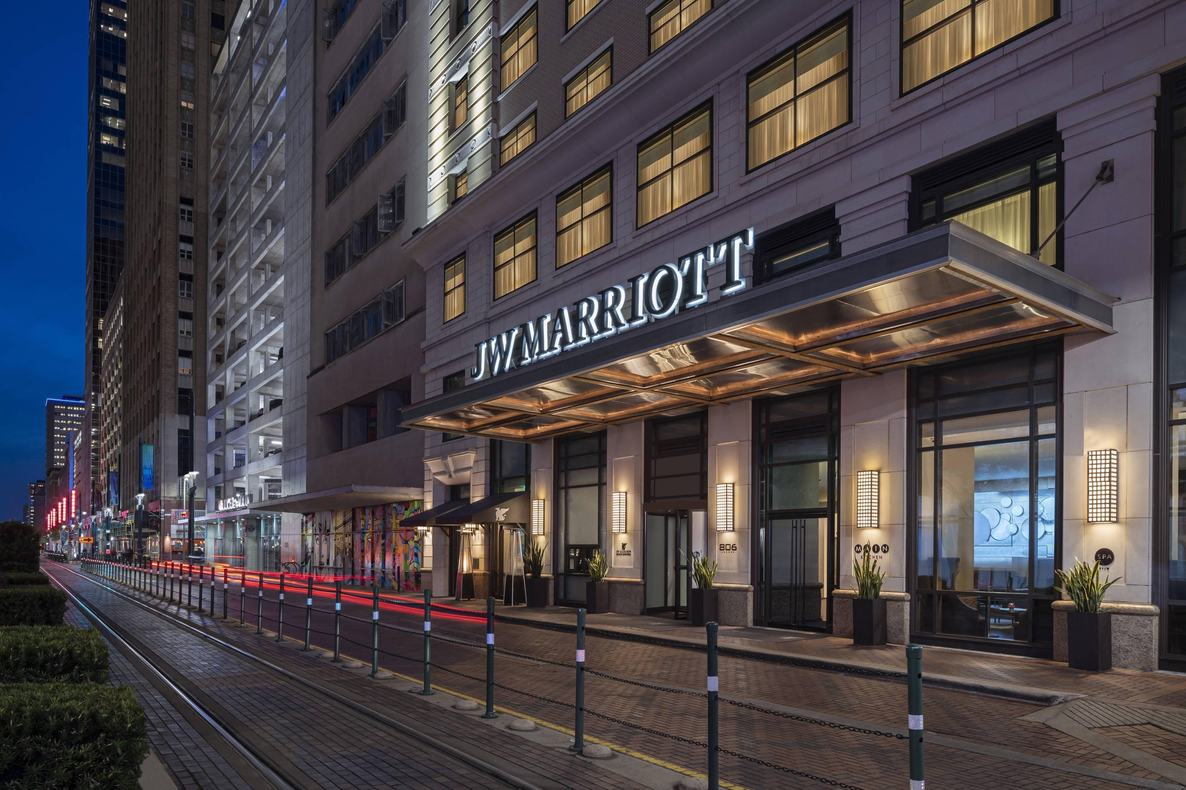 JW Marriott Houston Downtown