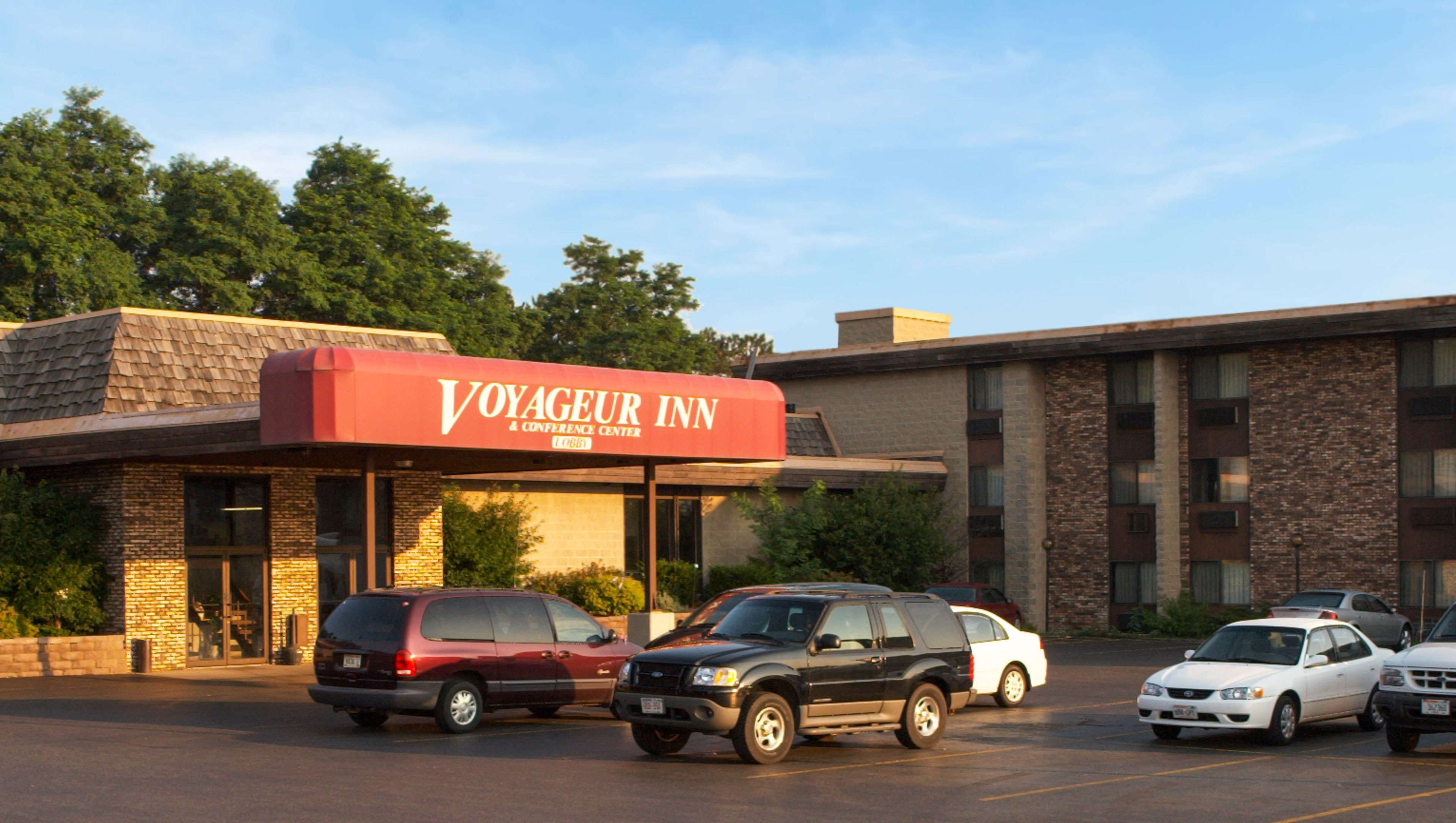 Voyageur Inn & Conference Center