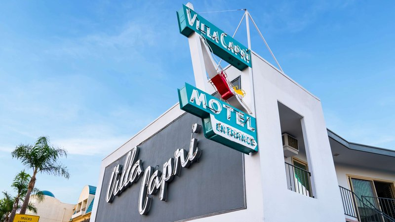 MH VillaCapri Coronado CA Property E