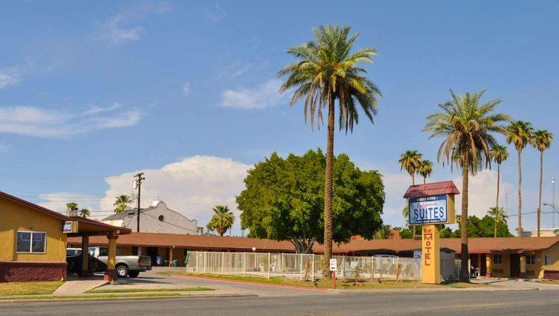 MH CaliforniaSuitesMotel Calexico CA Property Exterior