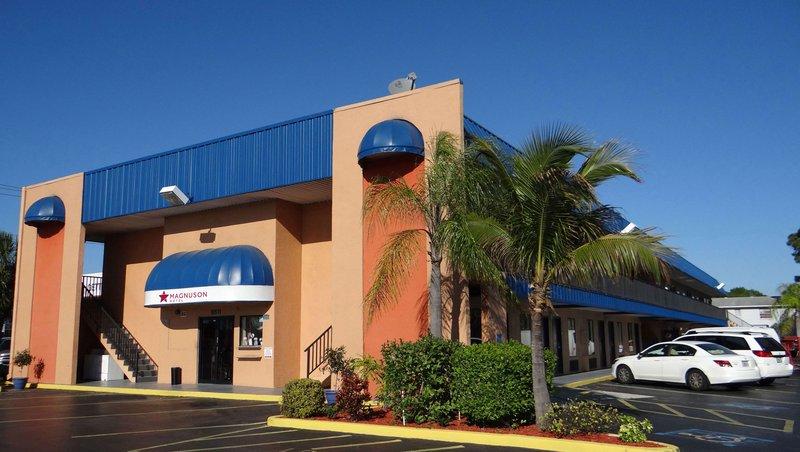 MH HotelBradenton Bradenton FL Property Exterior