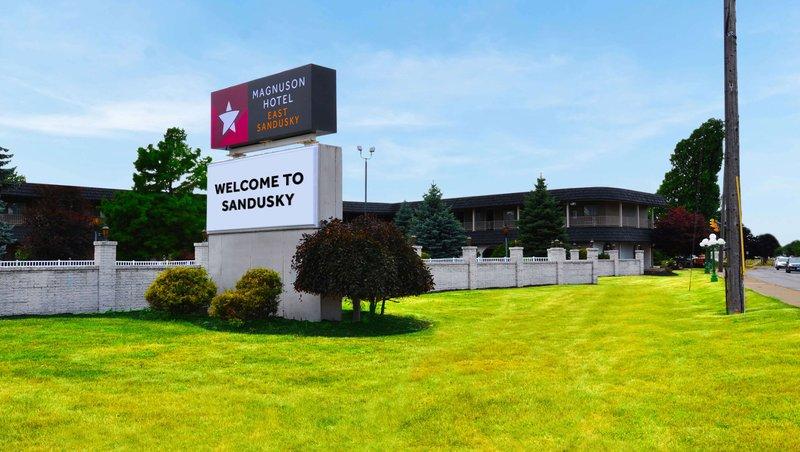 MH EastSandusky Sandusky OH Property Exterior