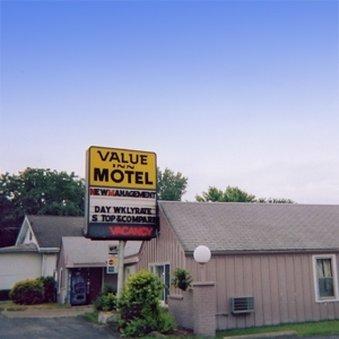 Value Inn Motel Sandusk Exterior