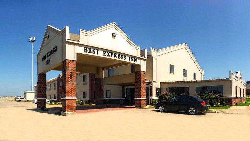 MH BestExpressInn Suites Calera OK Property Exterior