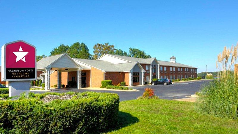 MH OnTheLake Clarksville VA Property Exterior