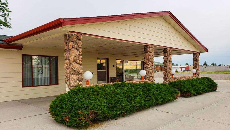 MH WesternMotelHardin Hardin MT Property Exterior