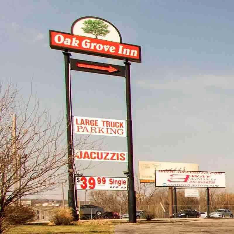 Oak Grove Inn Sign
